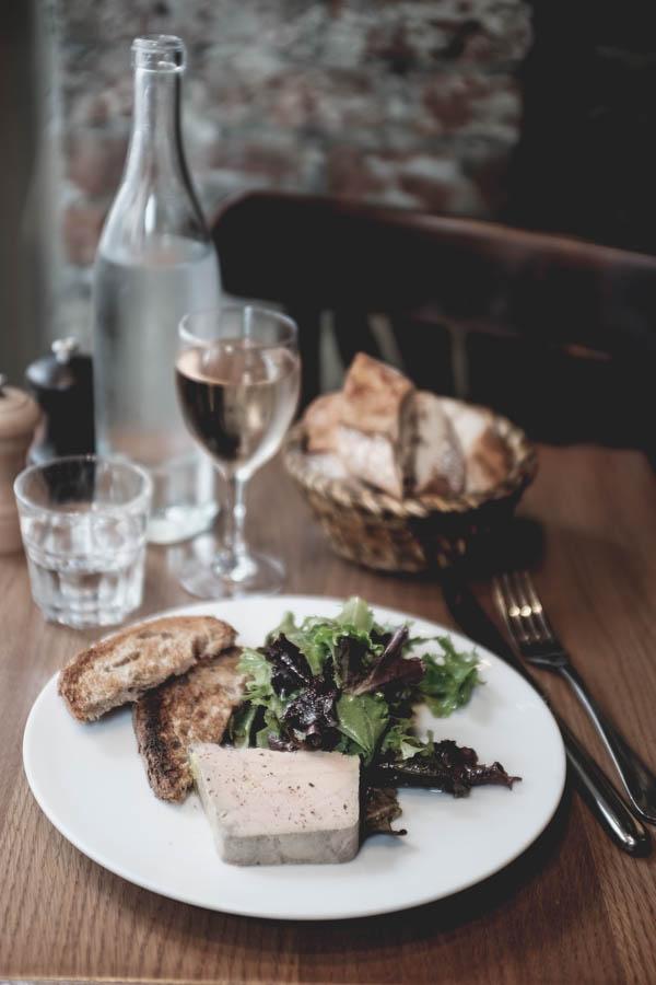 Café Constant. Ančių kepenėlių paštetas.    Café Constant. Terrine de foie gras de canard.