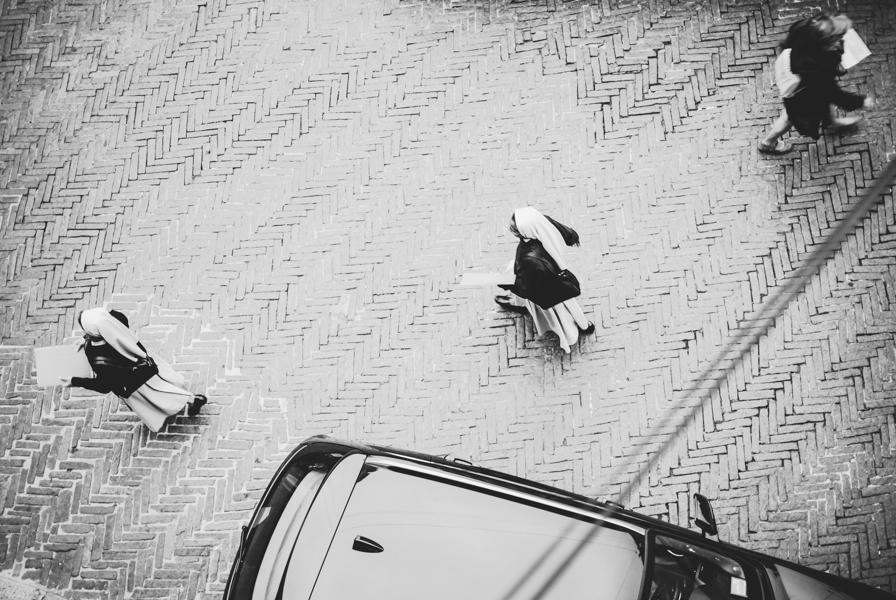 Vienuolė. Bergamo  Nuns. Bergamo