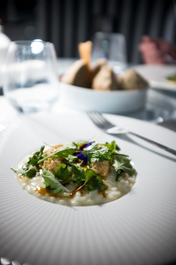Felix Lo Basso.. Omarų citrusų risoto su šampanu.  Felix Lo Basso. Lobster citrus risotto with champagne.