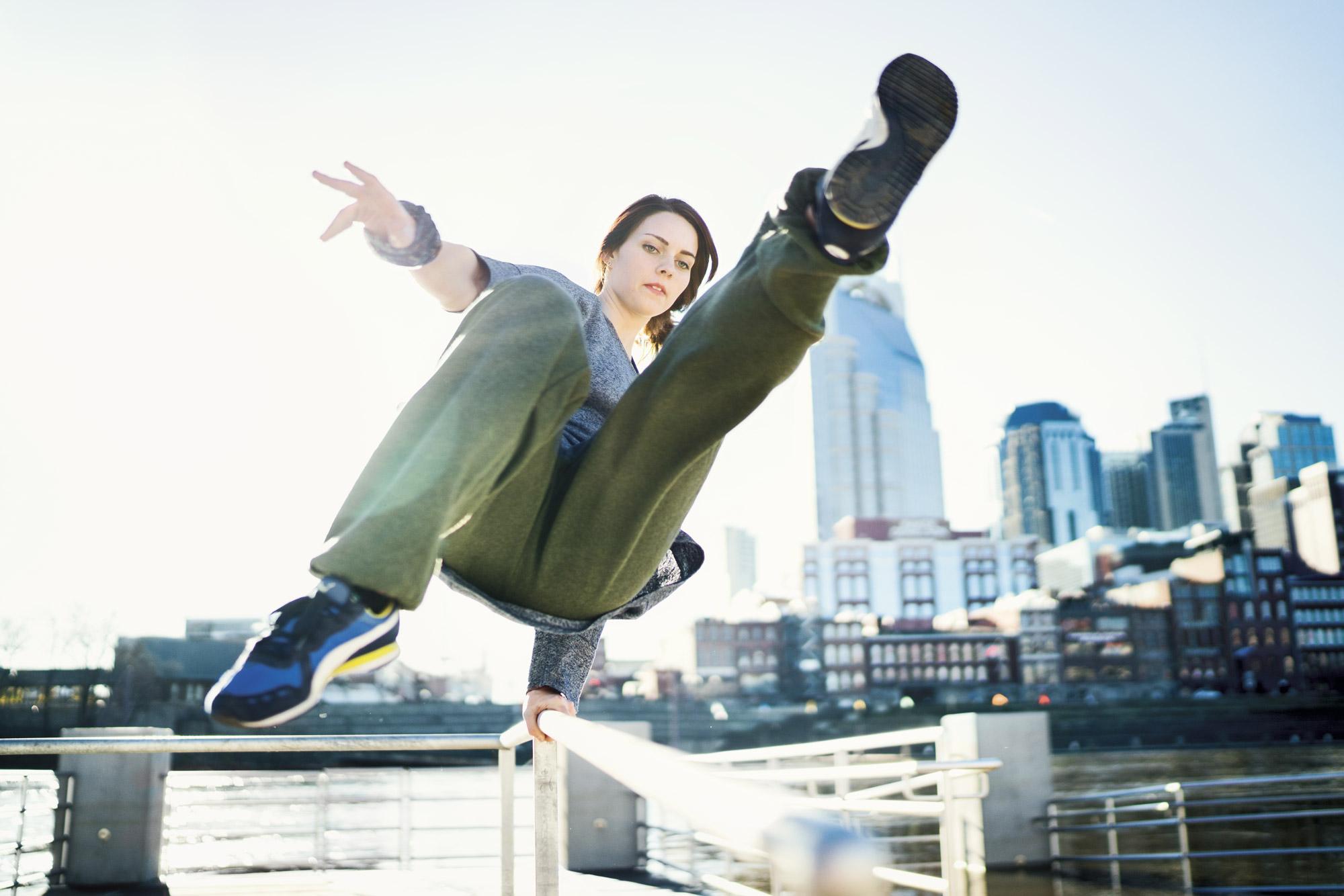 Anya Chibis Jump Girl 07.jpg