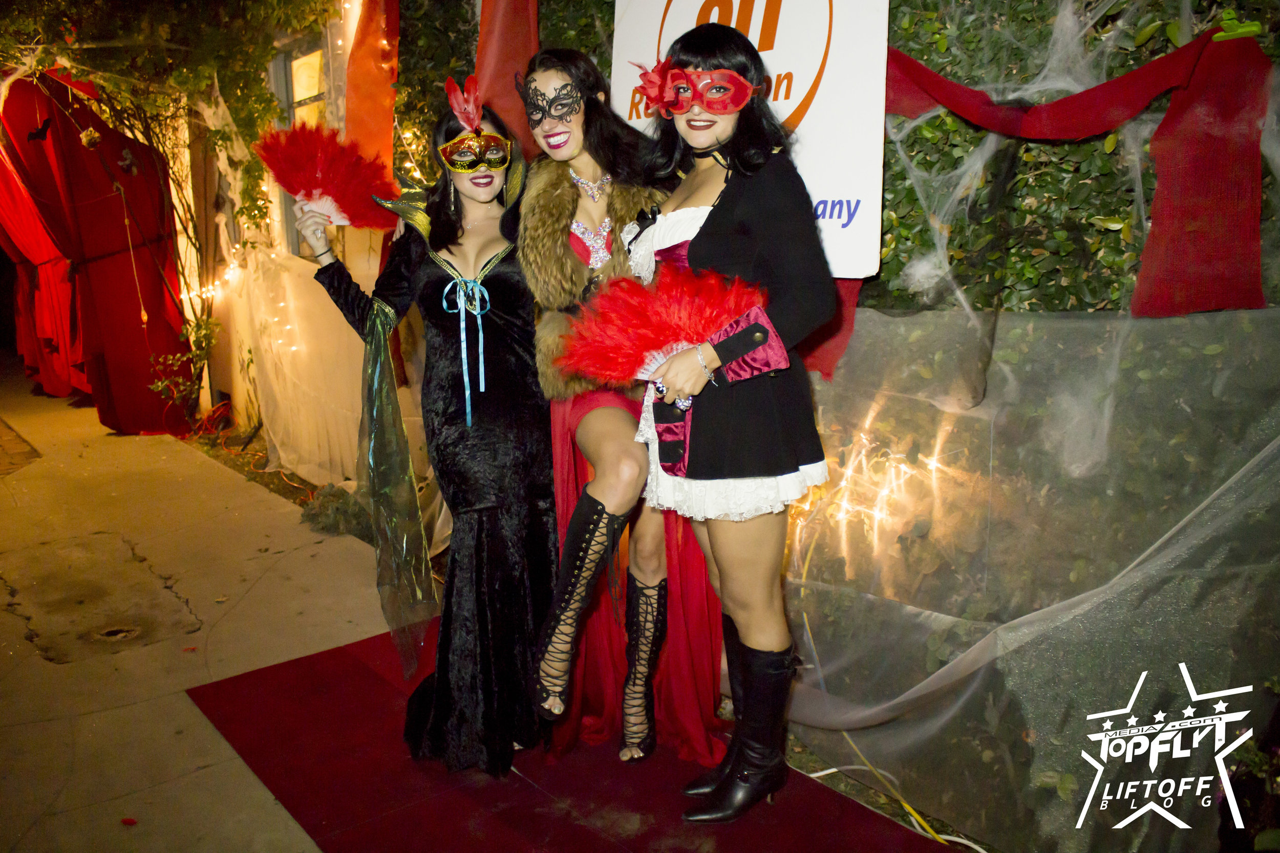 Networth Connection - Masquerade Party_8.jpg