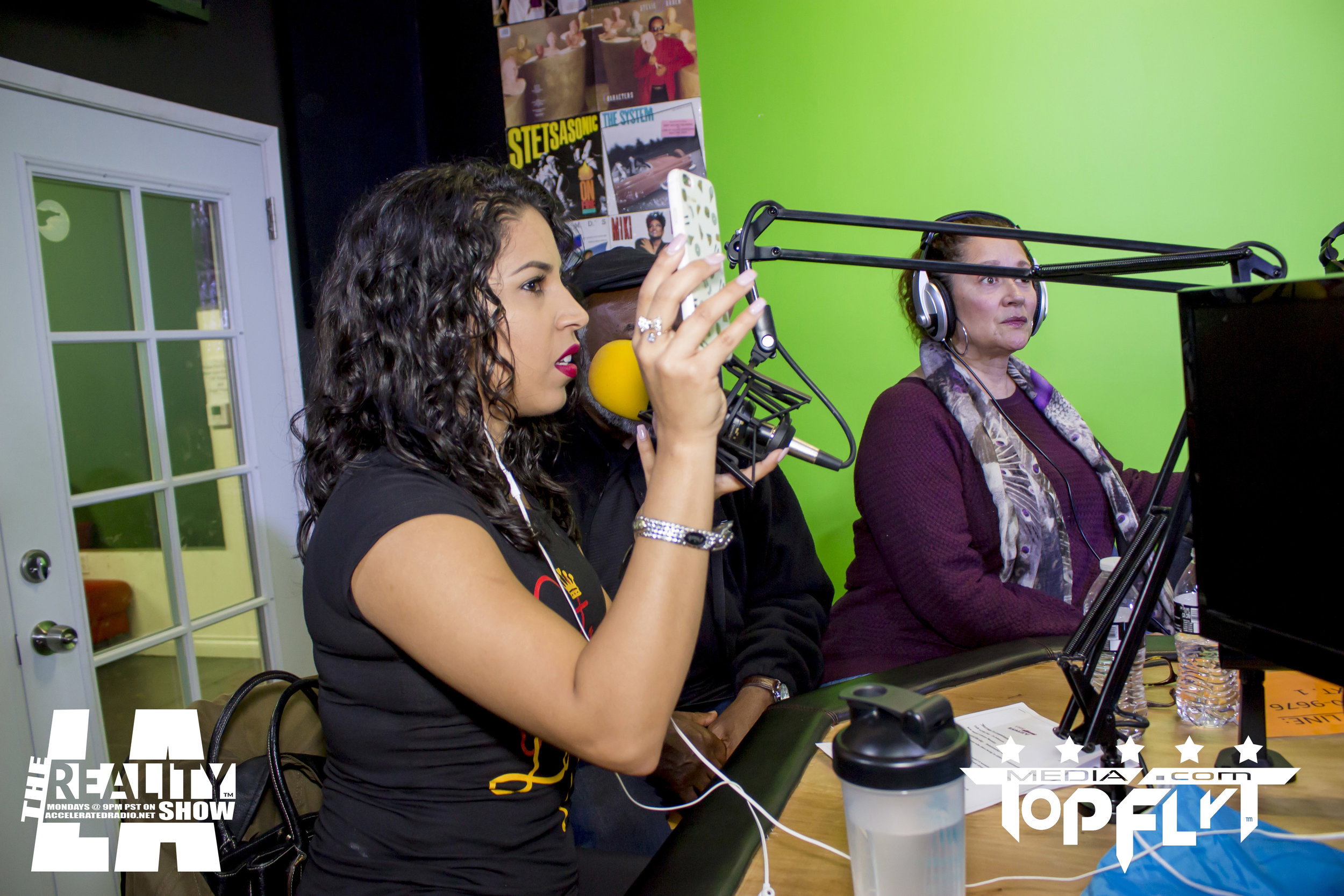 The Reality Show LA ft. Cast of FunnyMarriedStuff And Raquel Harris - 01-16-17_30.jpg