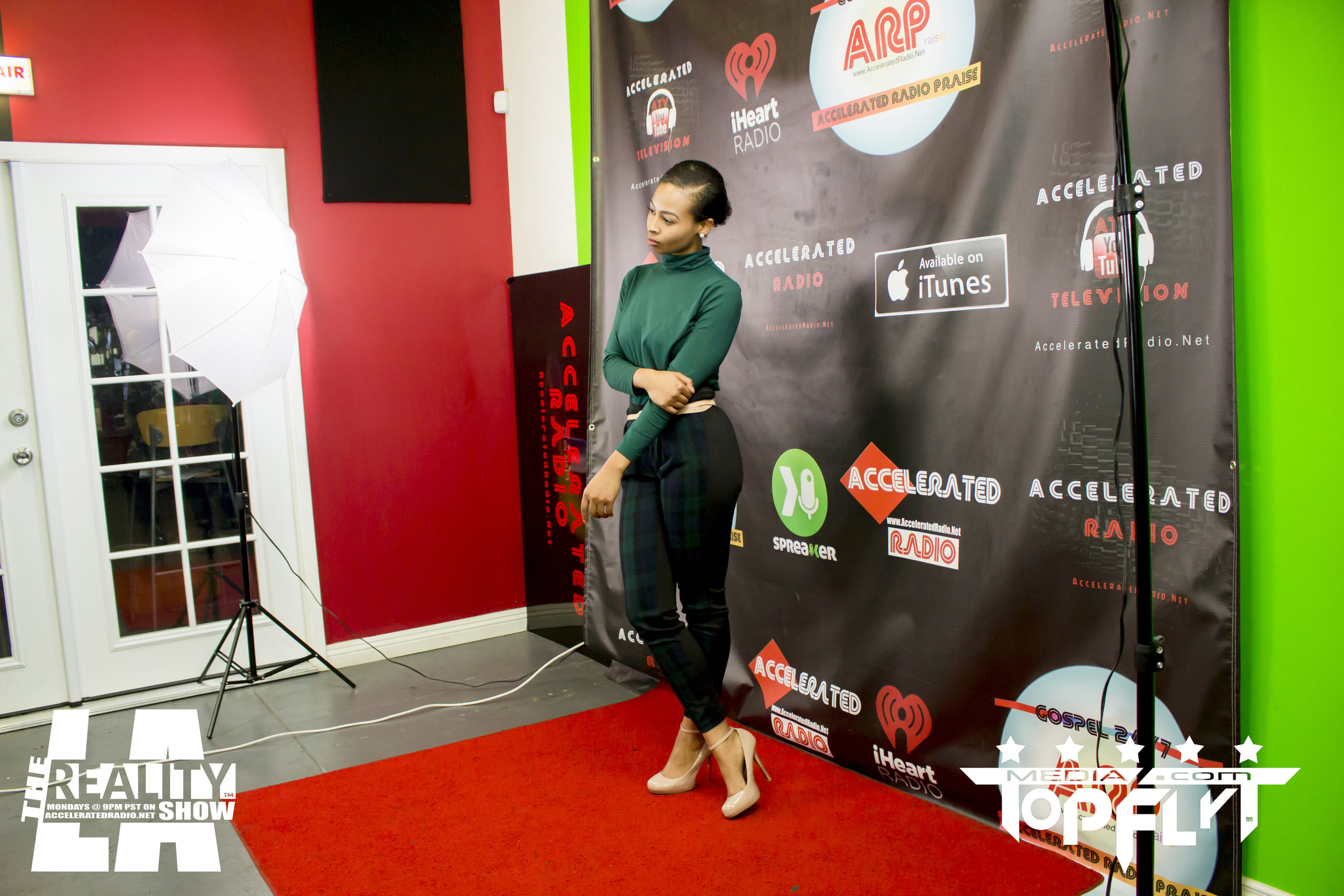 The Reality Show LA ft. Cast of FunnyMarriedStuff And Raquel Harris - 01-16-17_47.jpg