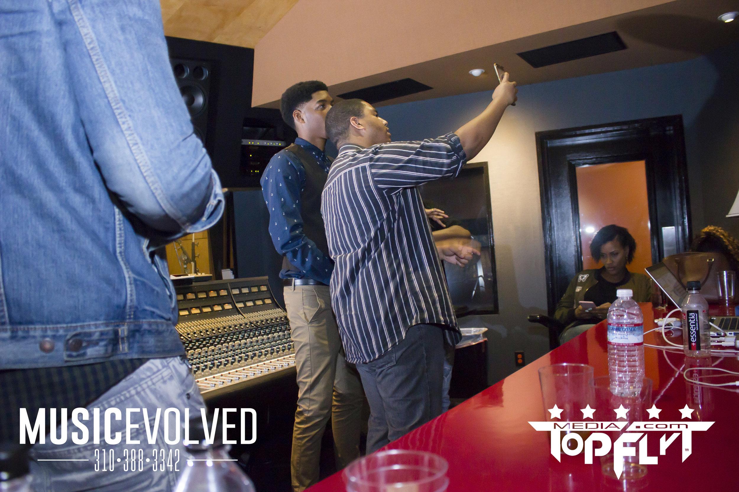 Music Evolved Listening Party_120.jpg