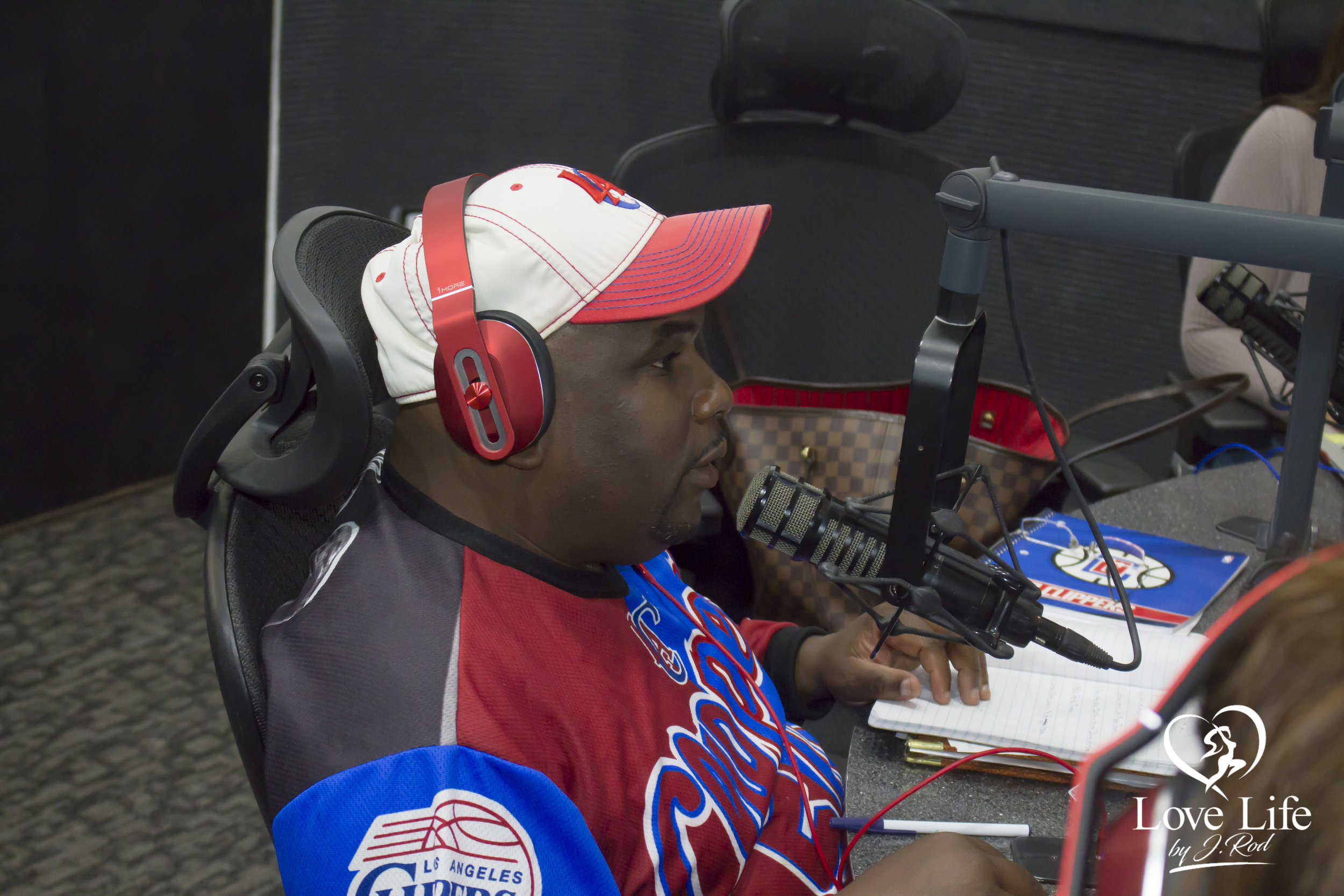 Janet Rodriquez On The Clipper Darrel Fan Truth Show 10-14-17_3.jpg