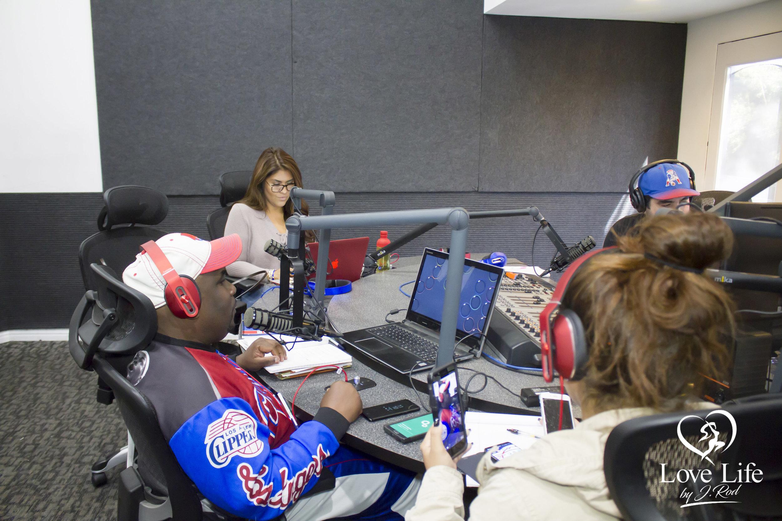 Janet Rodriquez On The Clipper Darrel Fan Truth Show 10-14-17_6.jpg