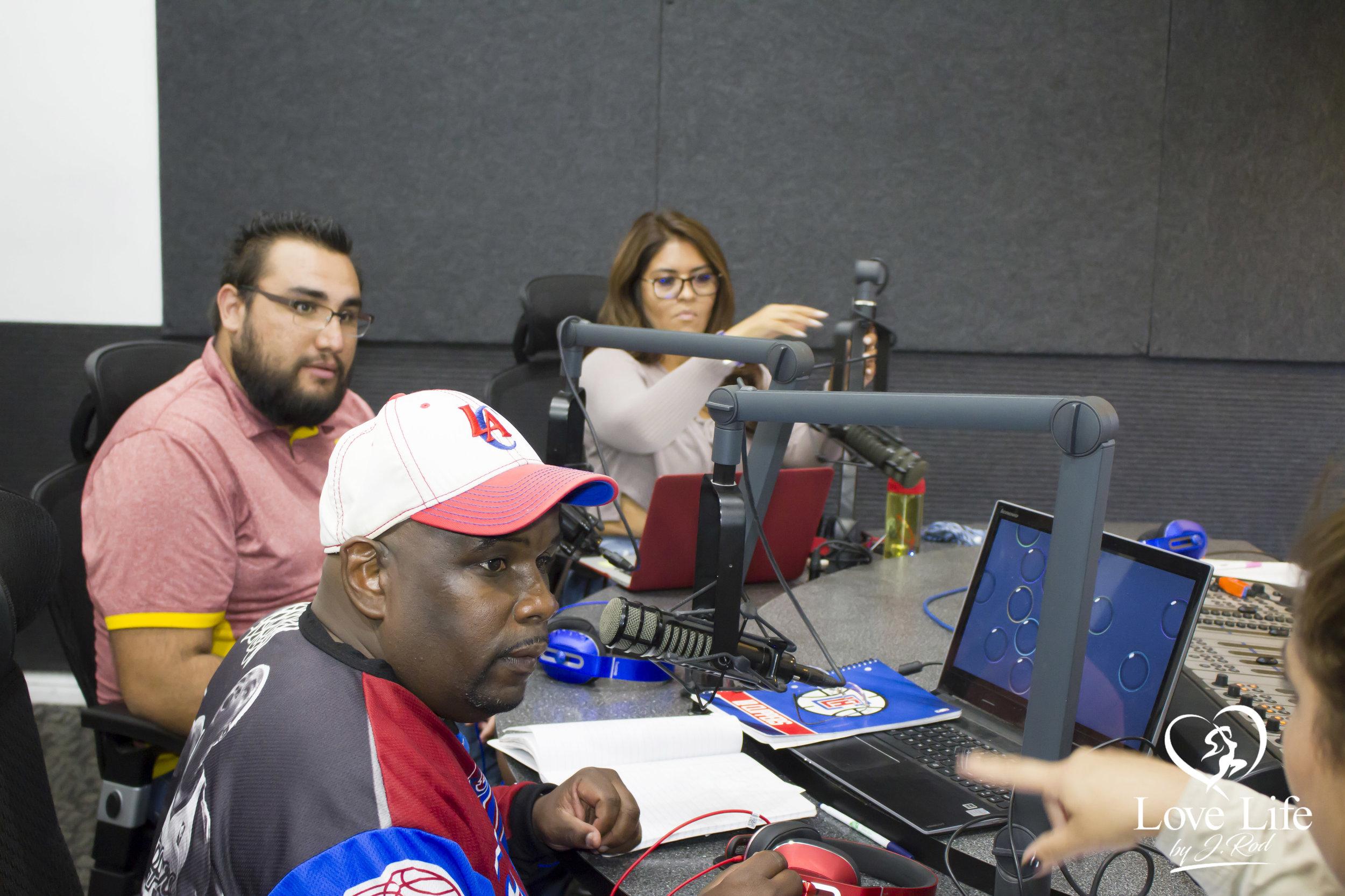 Janet Rodriquez On The Clipper Darrel Fan Truth Show 10-14-17_13.jpg