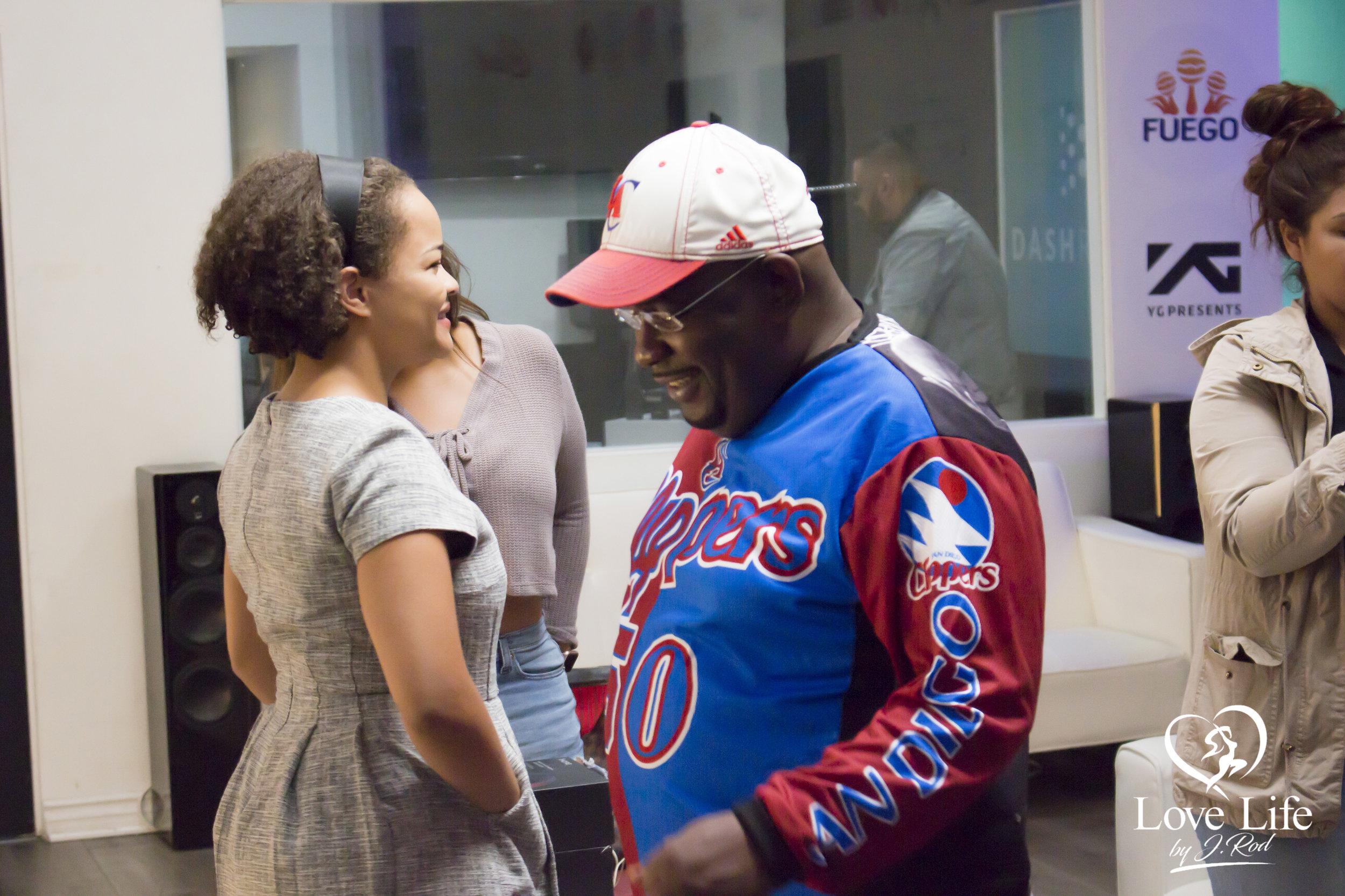 Janet Rodriquez On The Clipper Darrel Fan Truth Show 10-14-17_28.jpg