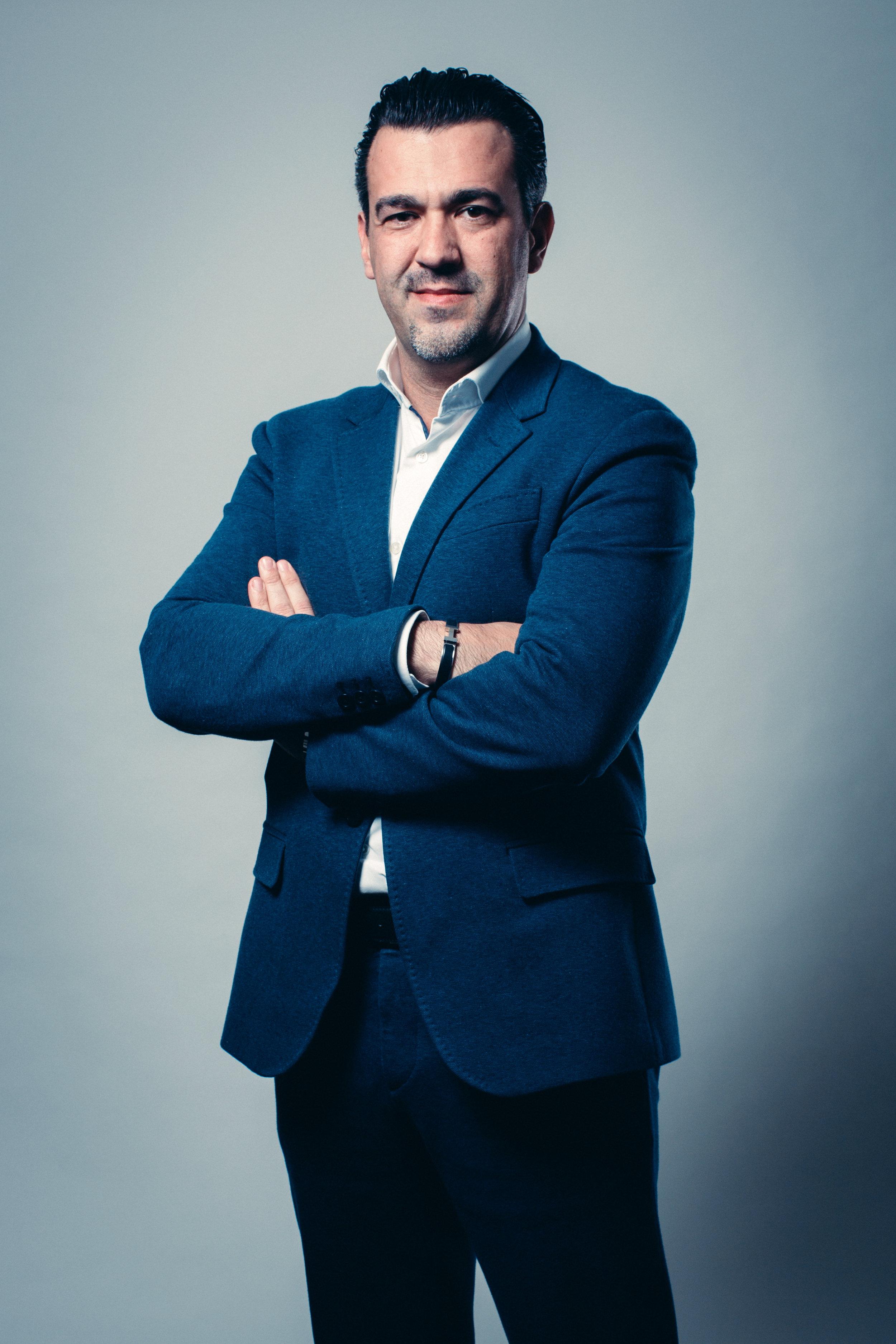 PETER MEEUWSSEN   Partner