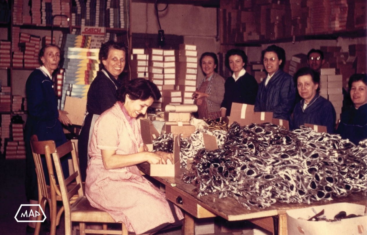 Max Pittion factory workers.