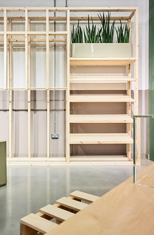 stussy-london-capsule-store-05-524x800.jpg