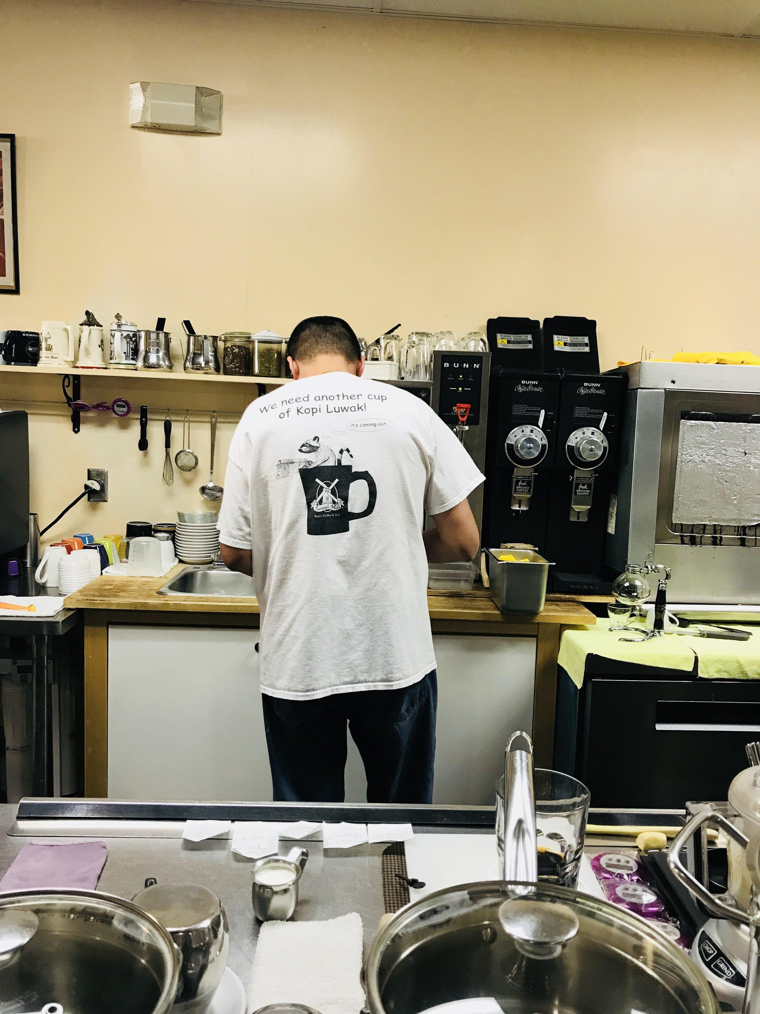 JC HO gamina kiekvieną kavos puodelį atskirai
