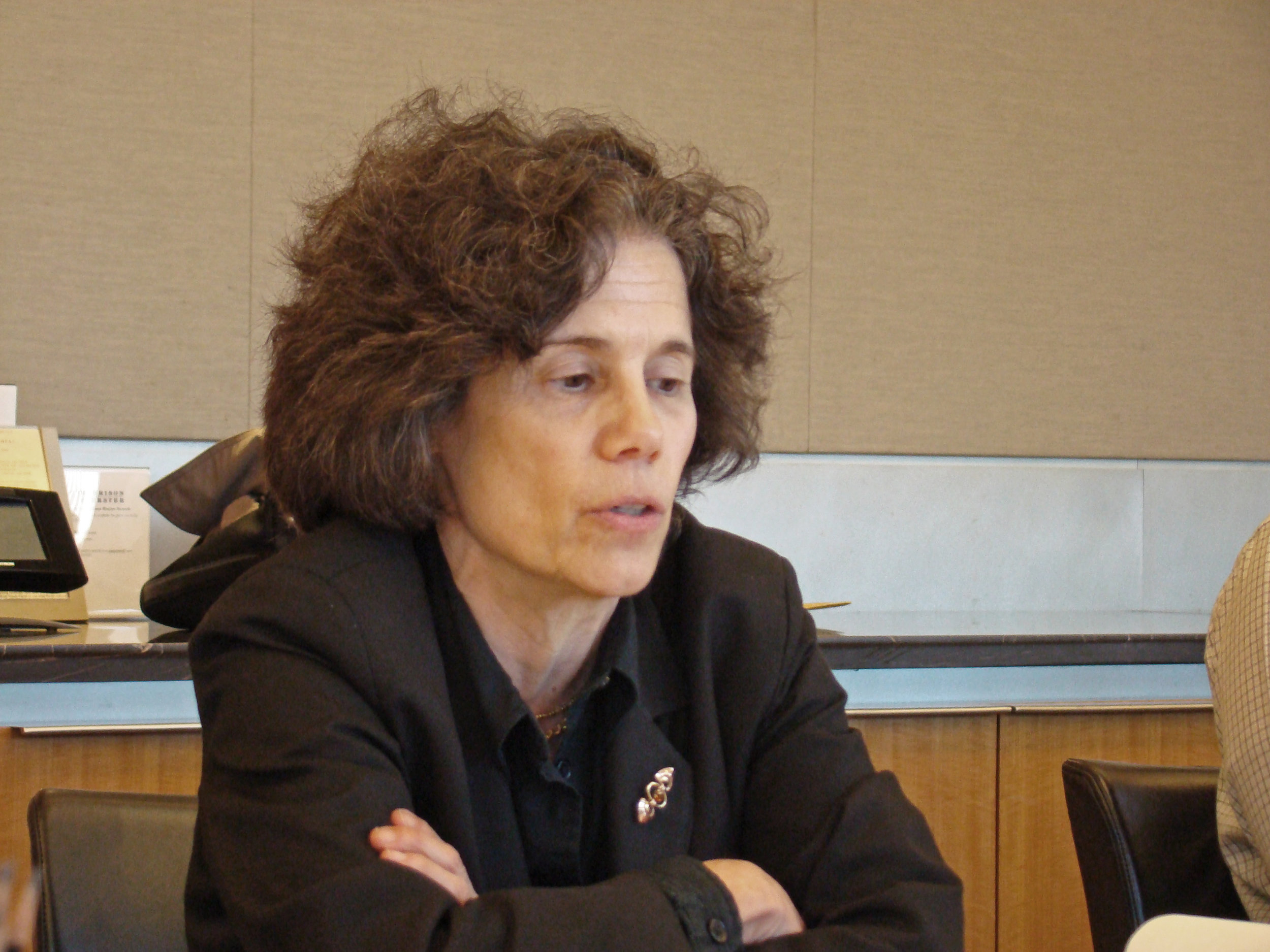 Yale Law School professor, Judith Resnick, leads a seminar on representations of justice.