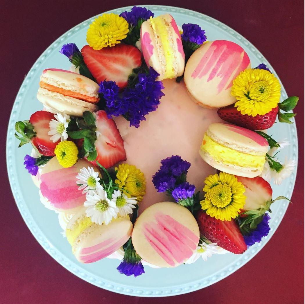Macaroon cake.JPG