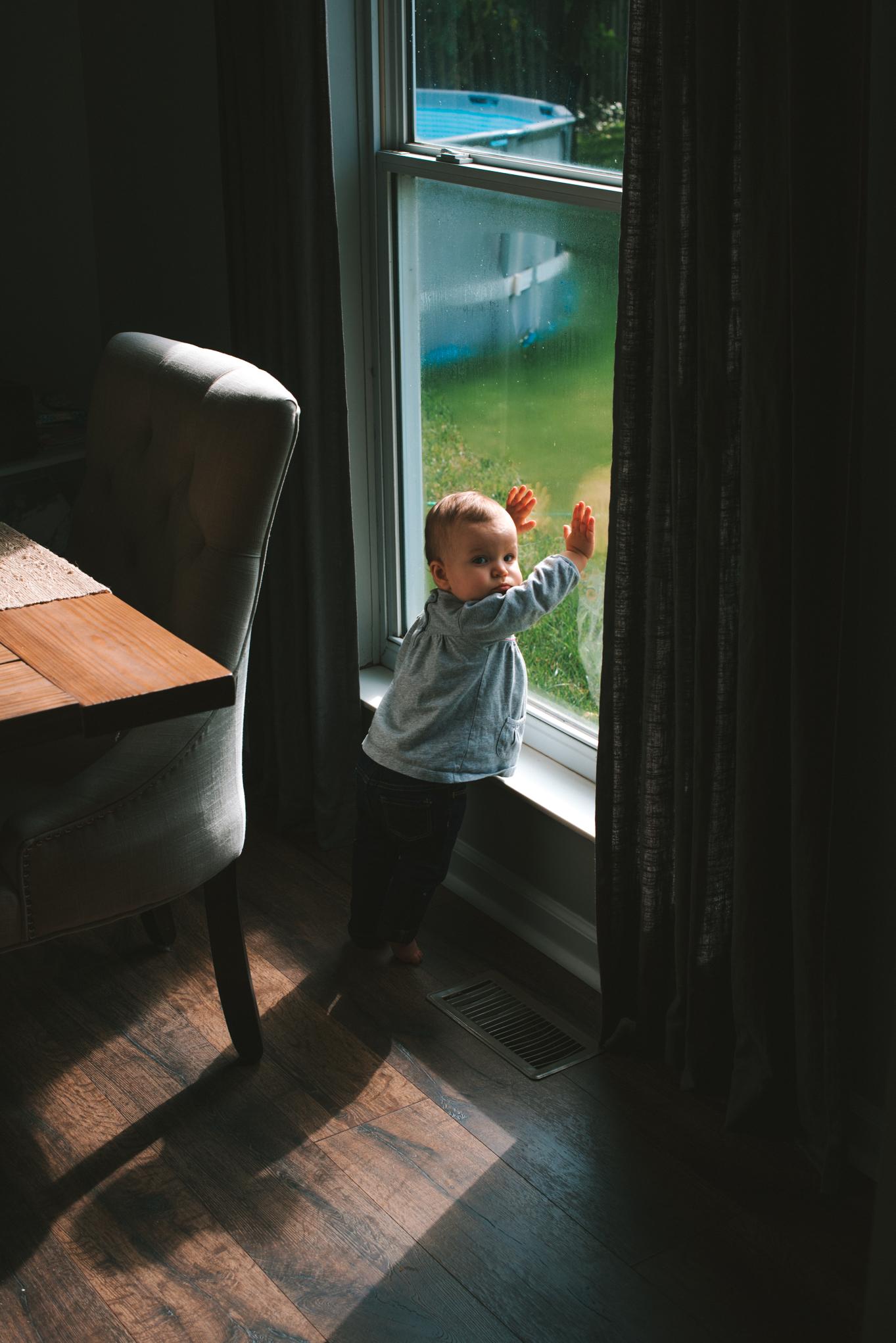 Scarlett by the Window - 10.9.17 - WEB-14.JPG