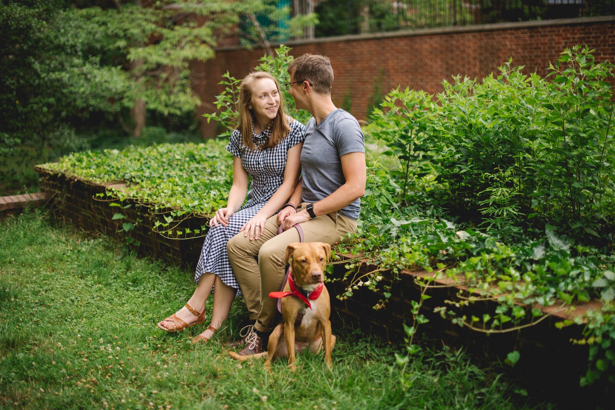 Peaberry-Photography-Society-Hill-Philadelphia-Pennsylvania-Newlyweds-Just-Married-011.jpg