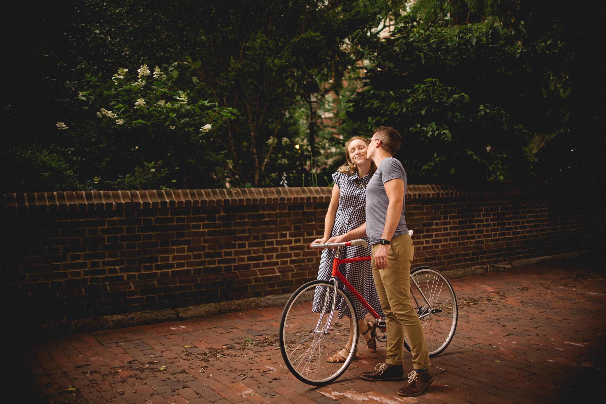 Peaberry-Photography-Society-Hill-Philadelphia-Pennsylvania-Newlyweds-Just-Married-041.jpg