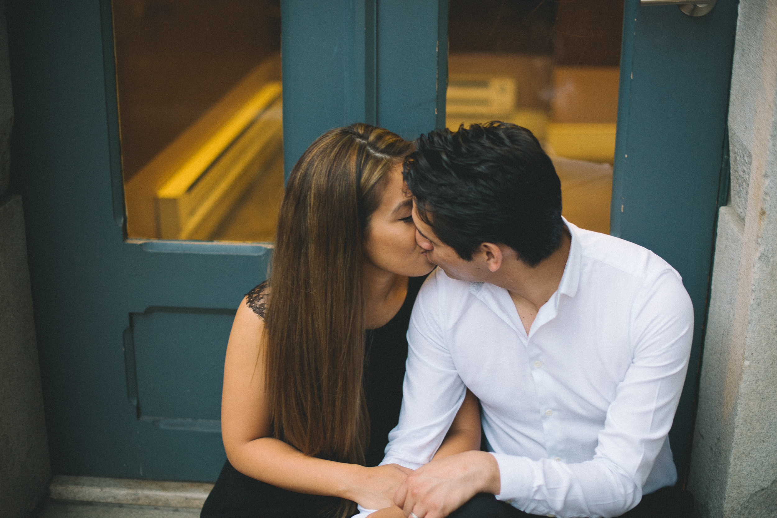 Old-City-Philadelphia-Engagement-Peaberry-Photography-Pennsylvania-Wedding-Photographer-026.jpg