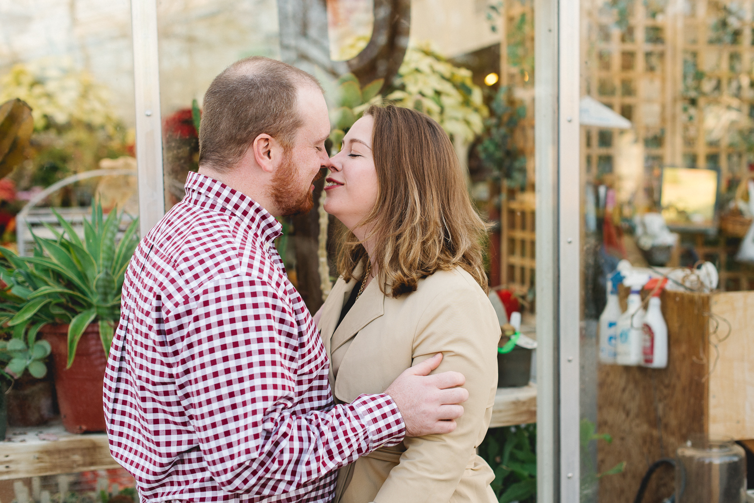 Lansdale-pennsylvania-engagement-photographer-the-rhoads-garden9.jpg