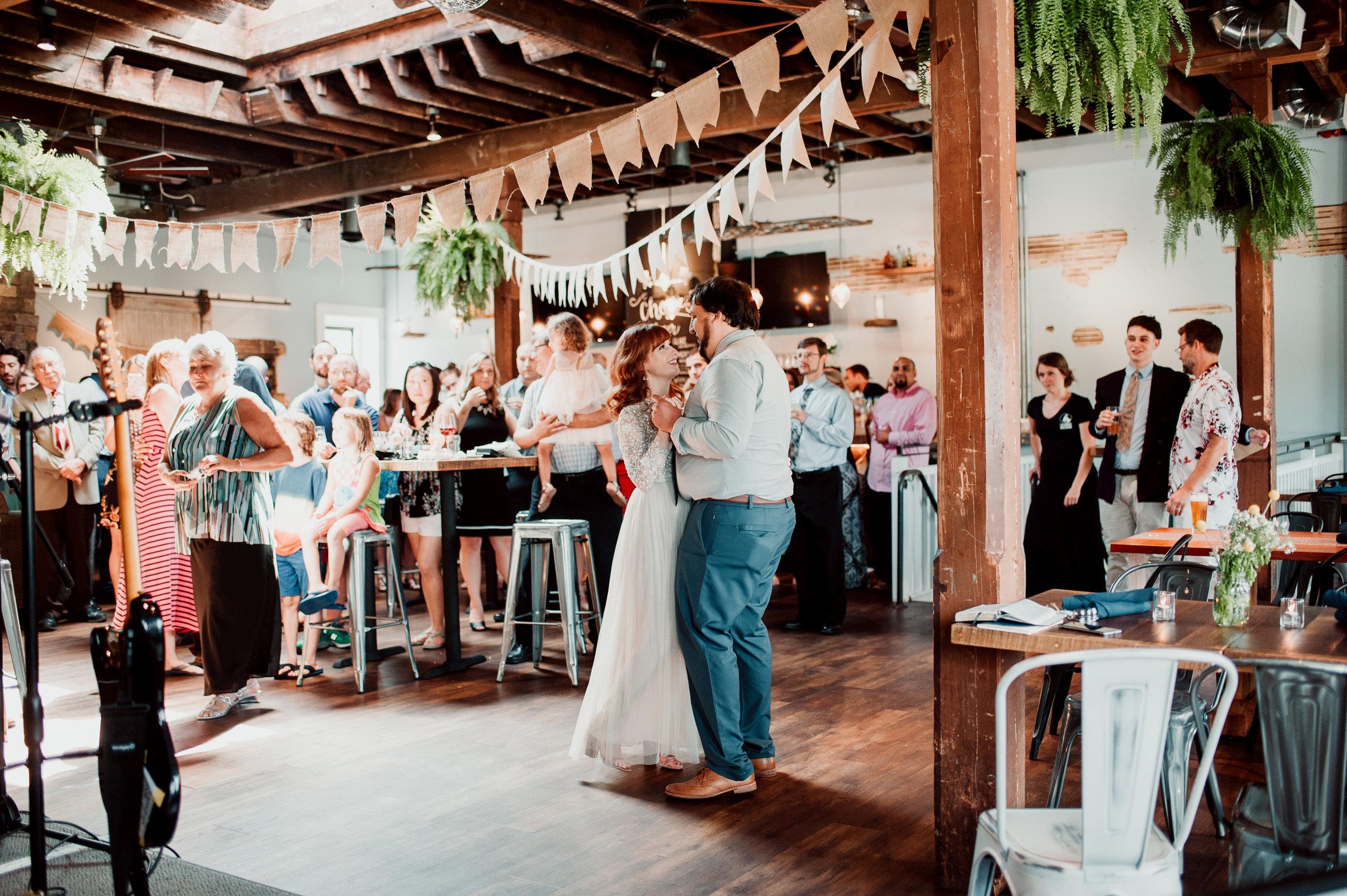 Philadelphia-wedding-photographer-la-cabra-brewery-diy-Peaberry-Photography-040.jpg