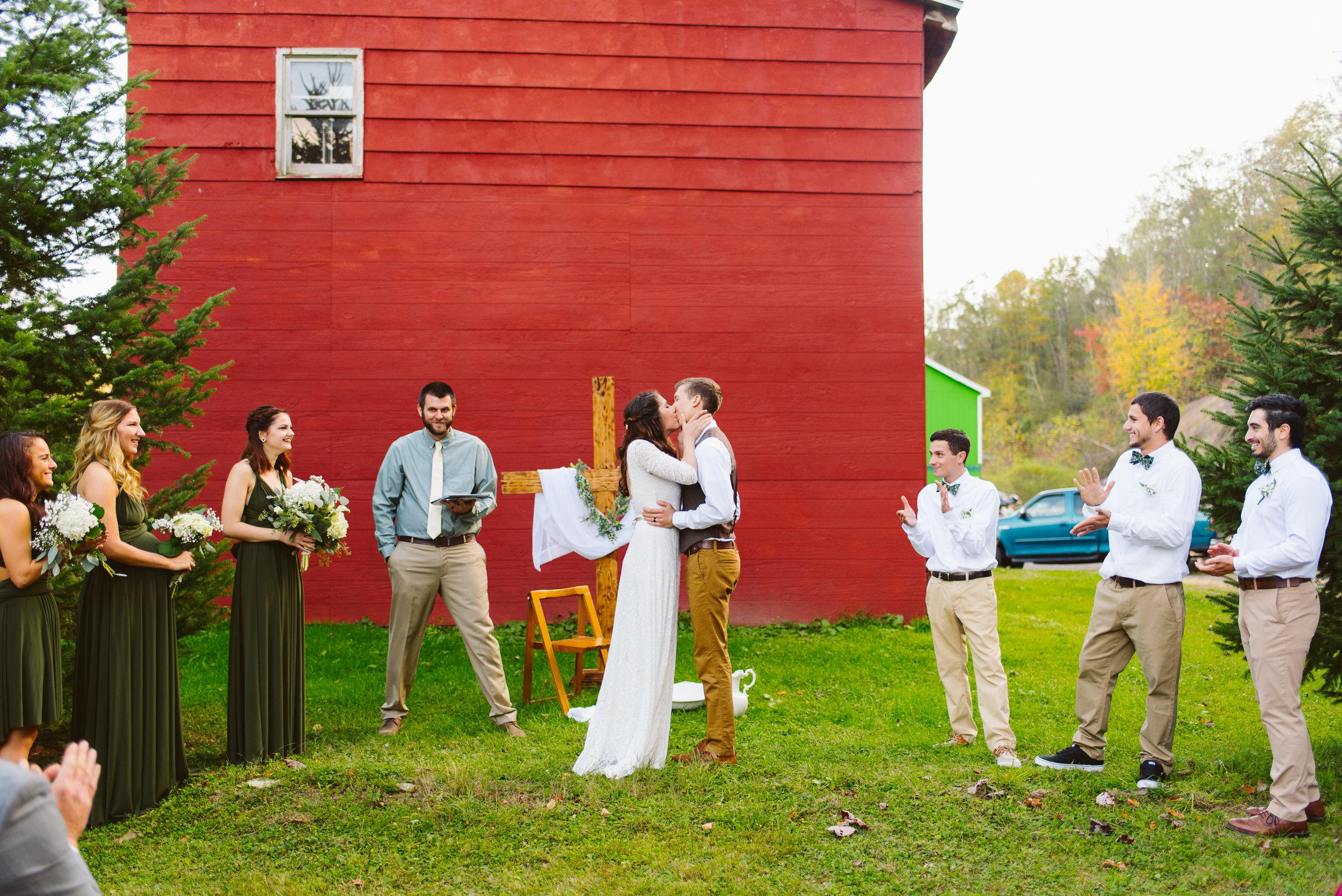 Philadelphia-Wedding-Photographer-Poconos-Pennsylvania-33.jpg