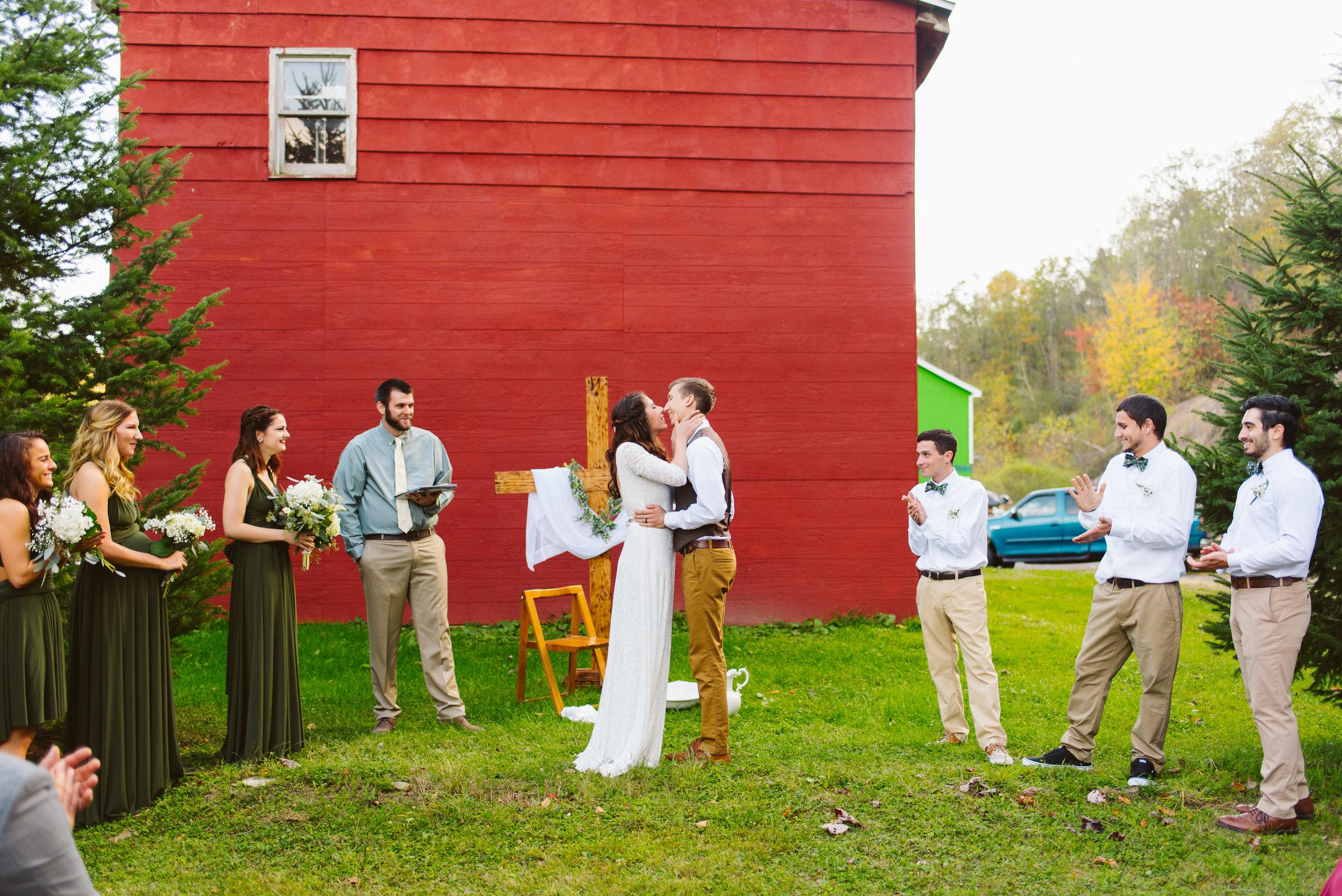 Philadelphia-Wedding-Photographer-Poconos-Pennsylvania-34.jpg