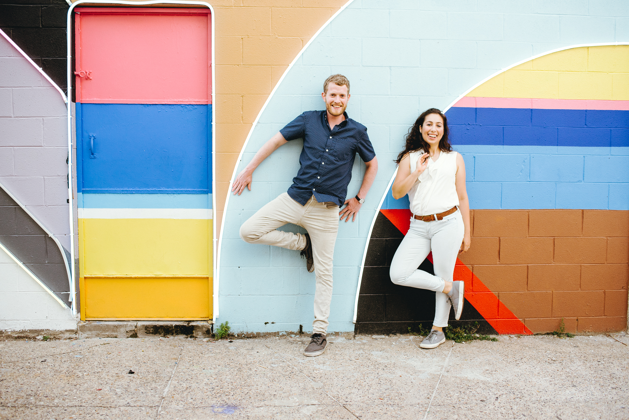 Philadelphia-engagement-photos-neon-mural-philadelphia-wedding-photographer-peaberry-photography-011.jpg