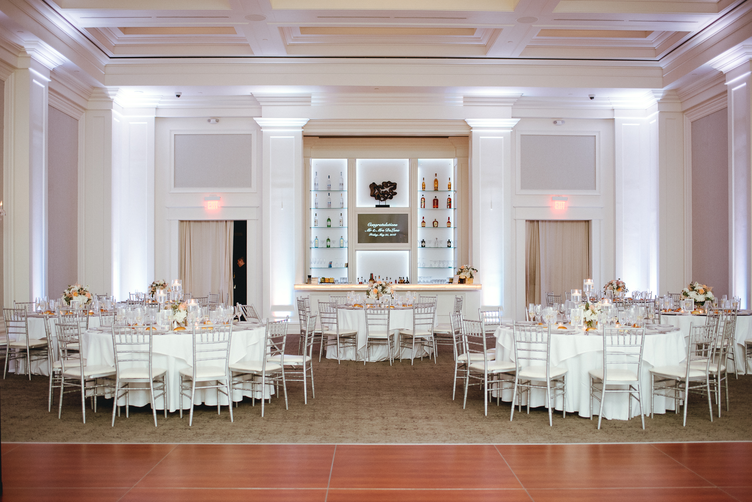 Philadelphia-PA-wedding-Photographer-the-ballroom-at-ellis-preserve-Malvern-prep-peaberry-photography-65.jpg