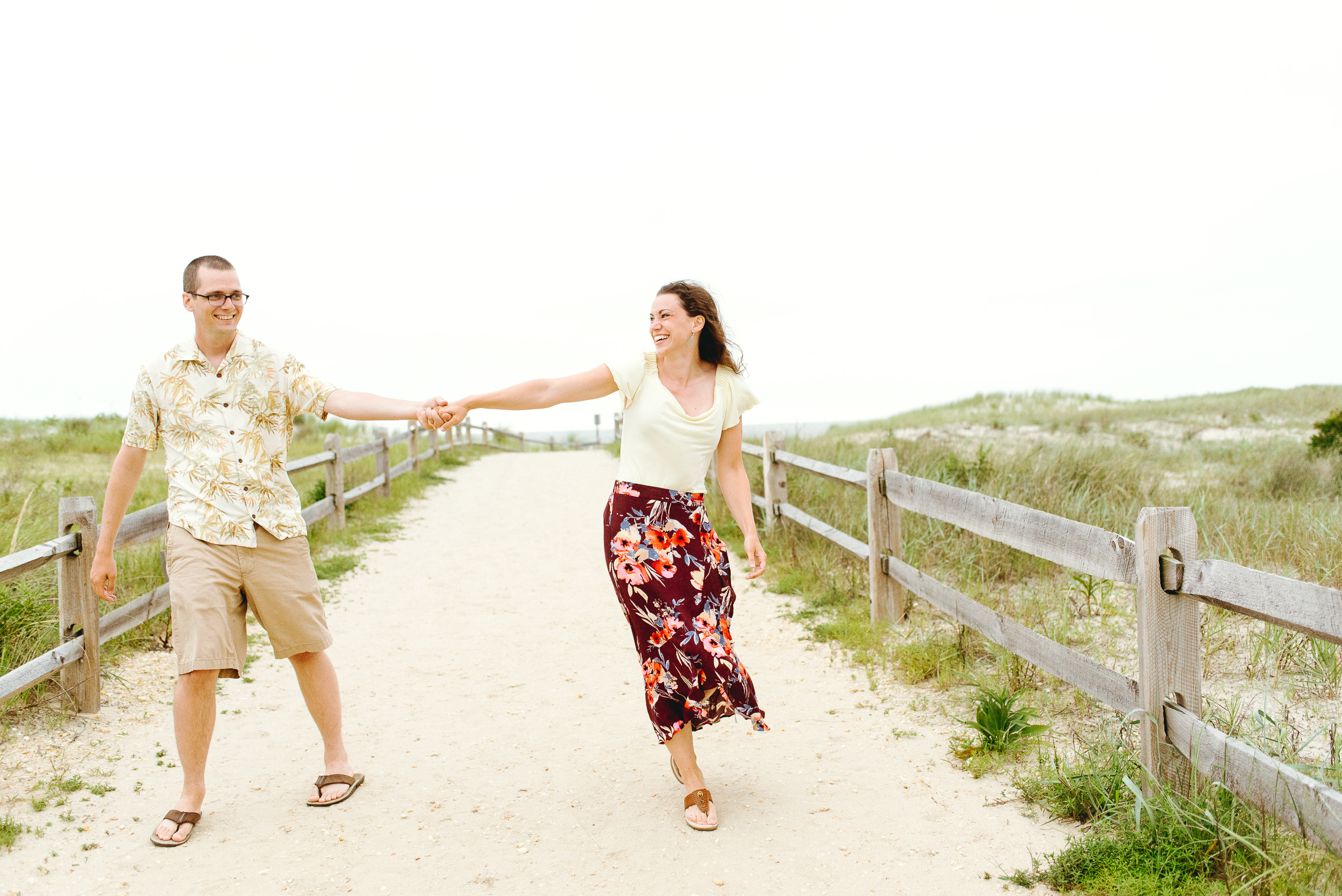 Ocean-City-New-Jersey- Beach-Engagemnt-Peaberry-Photography-Philadelphia-Wedding-Photographer-007.jpg