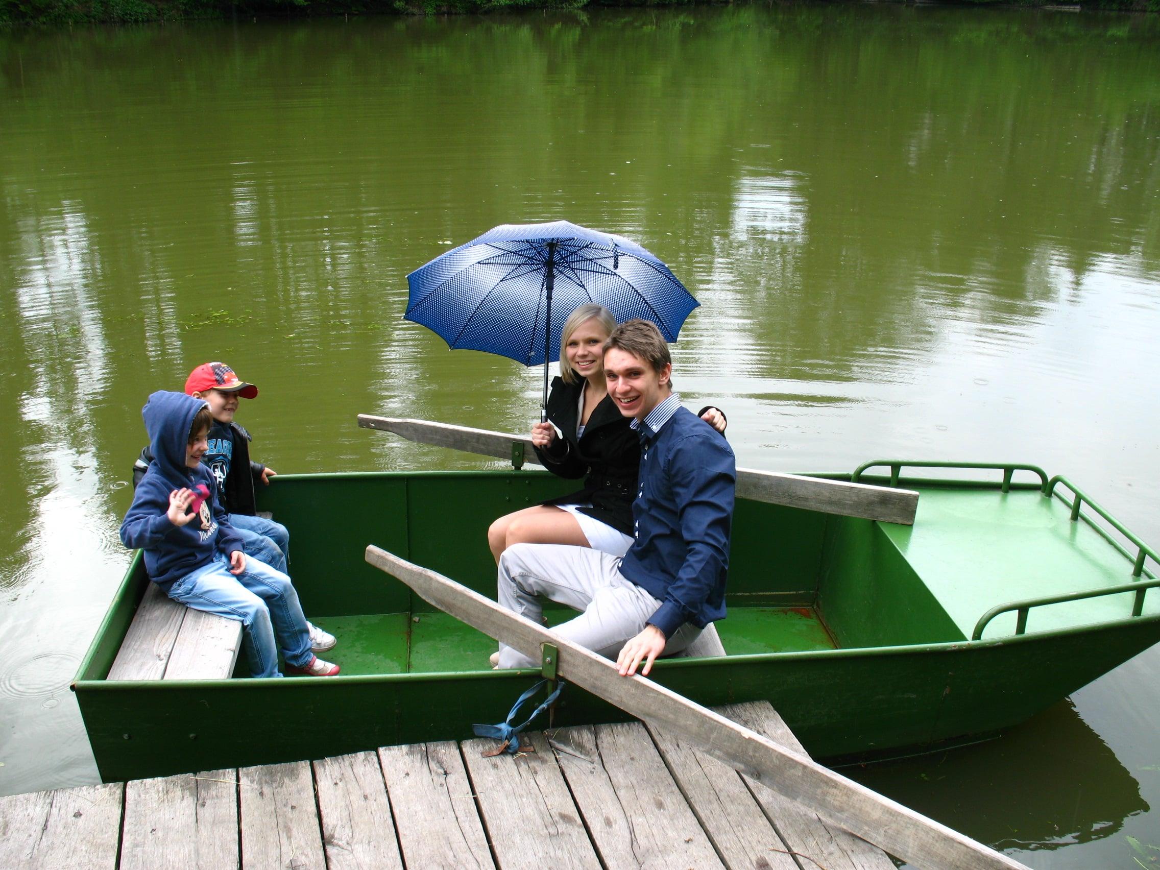 Zažijte romantickou projížďku na loďce