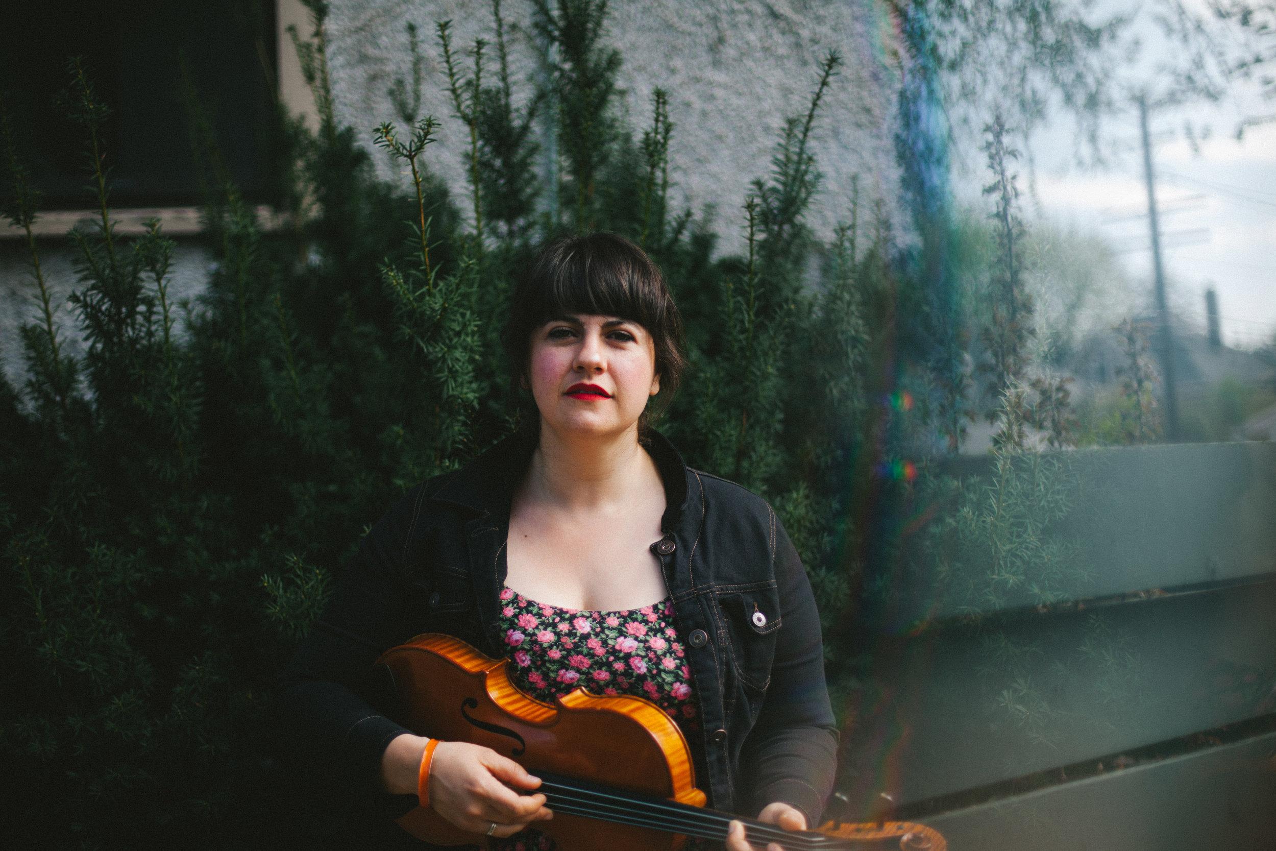 LAURA CORTESE  | CO - DIRECTOR Fiddle | Ensemble Class