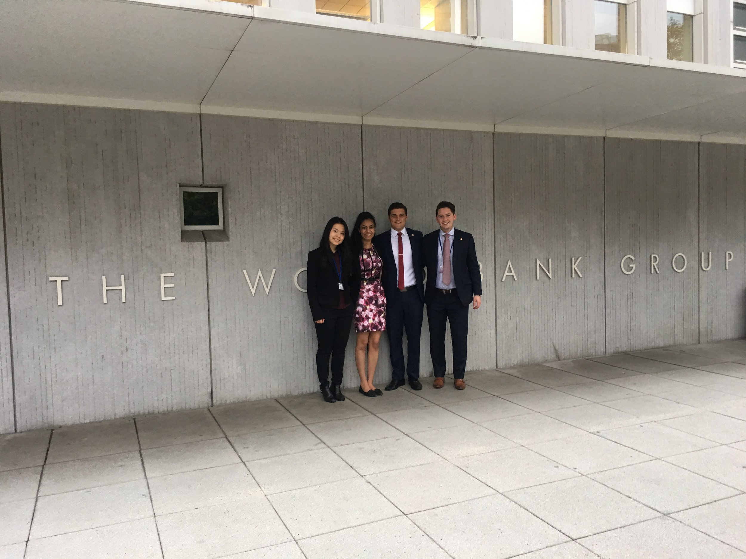 2017 World bank and imf annual meetings delegates (l - R) Katie Zhang (University of melbourne faculty of business and economics), SONIA Parulekar (UNSW Co-op Program), michael evans (quT Business SCHOOL), Arlen Dabinett (university of south australia business school)