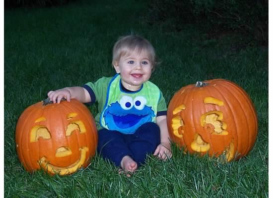 e first halloween 2005.jpeg