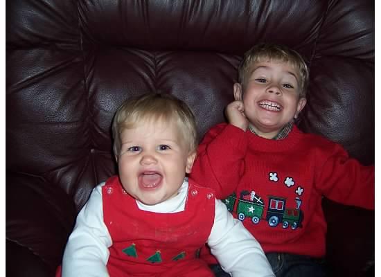 E and S Christmas 2007.jpeg