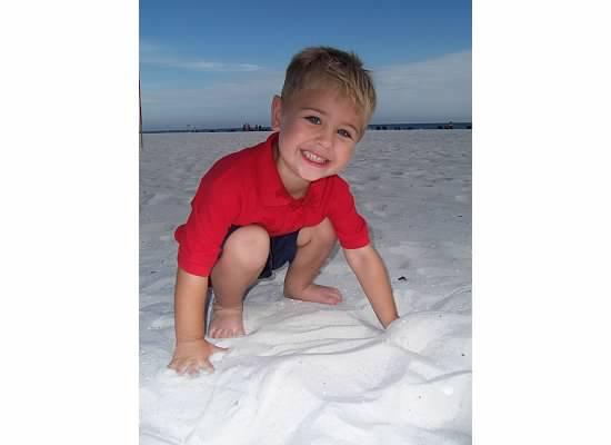 E at beach 2007.jpeg