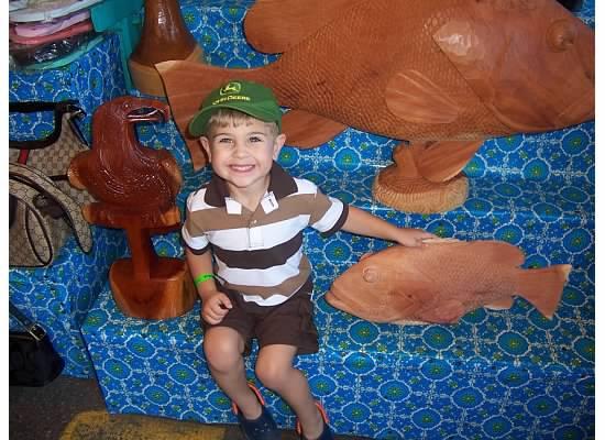 E with fish on cruise 2007.jpeg
