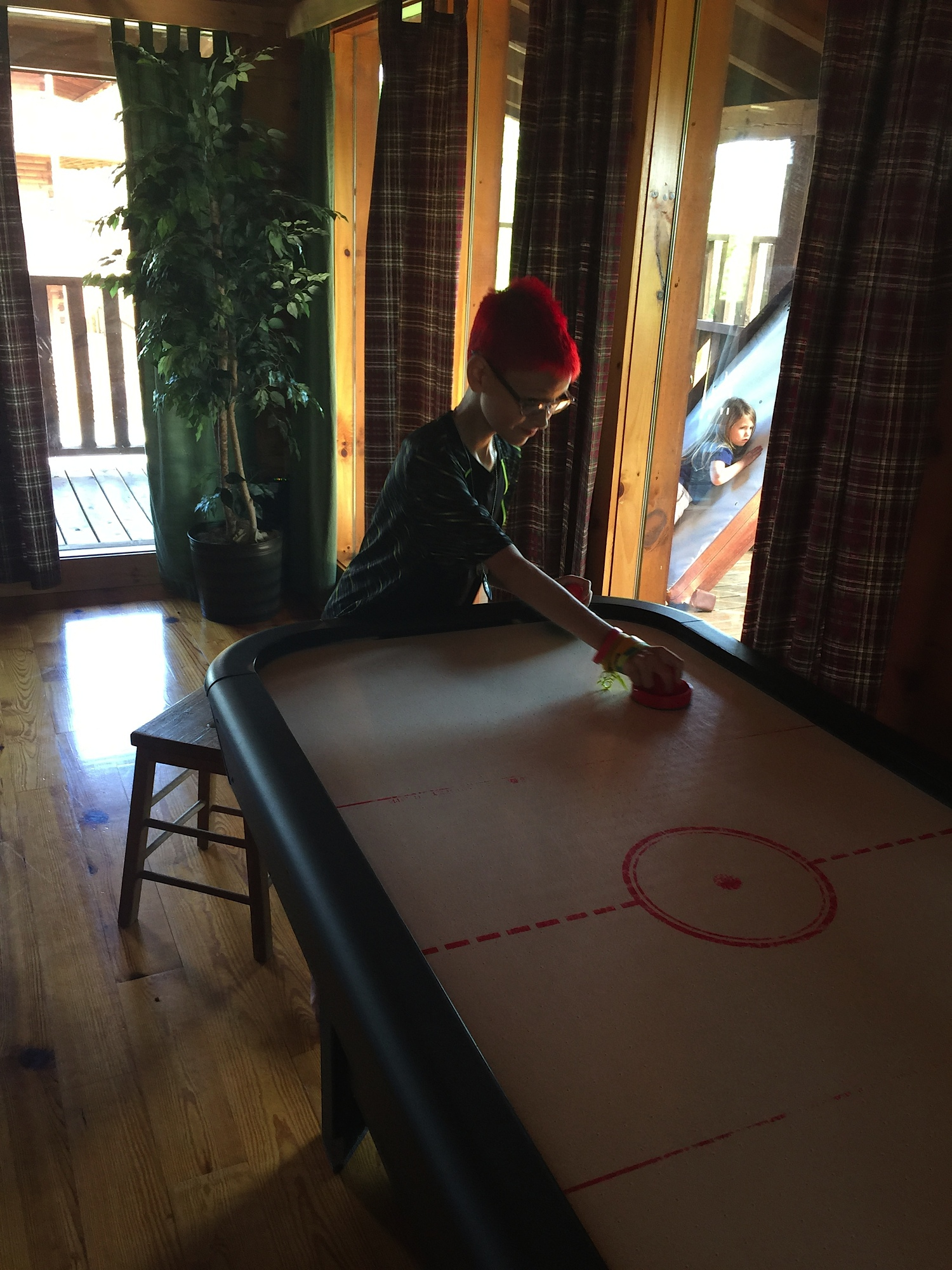 2015 E playing airhockey in mountains.jpeg