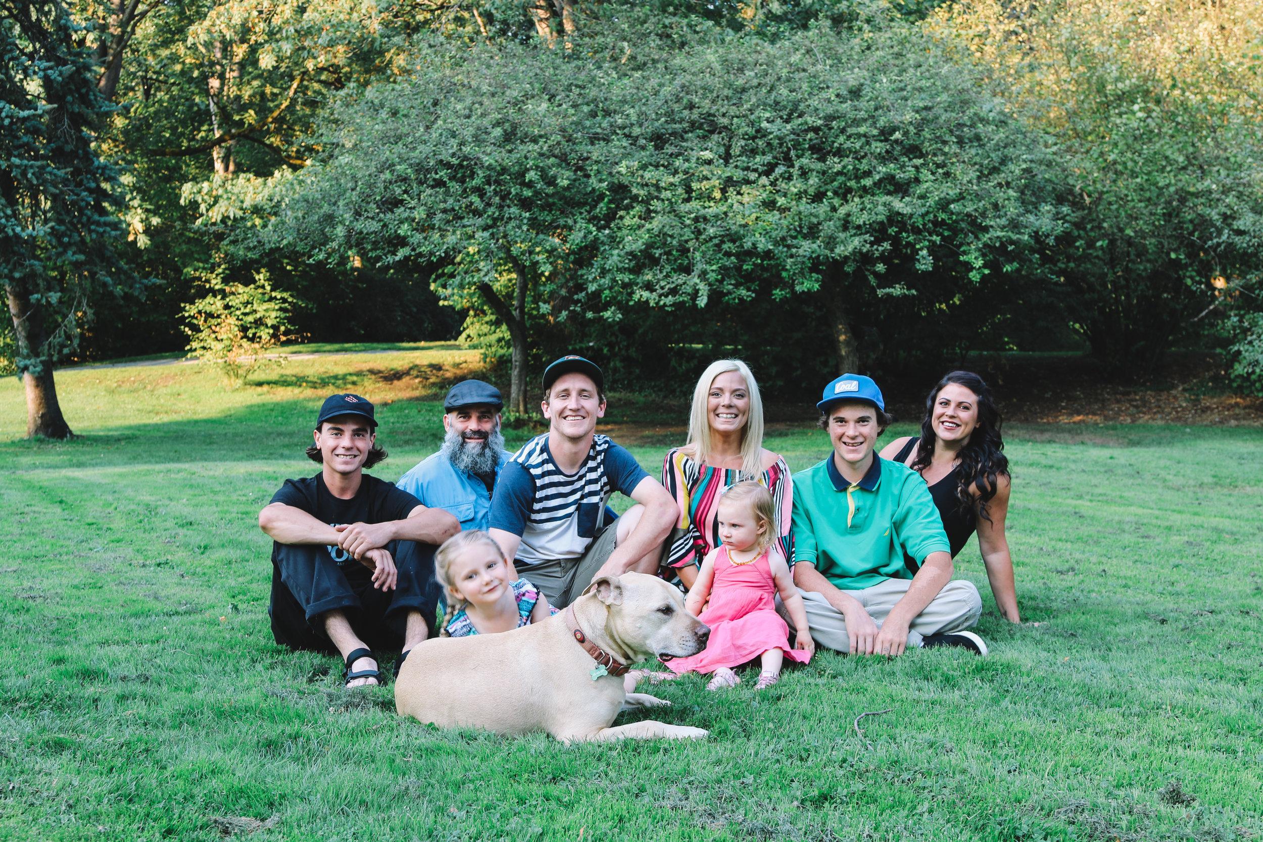 Family_2018-7.jpg