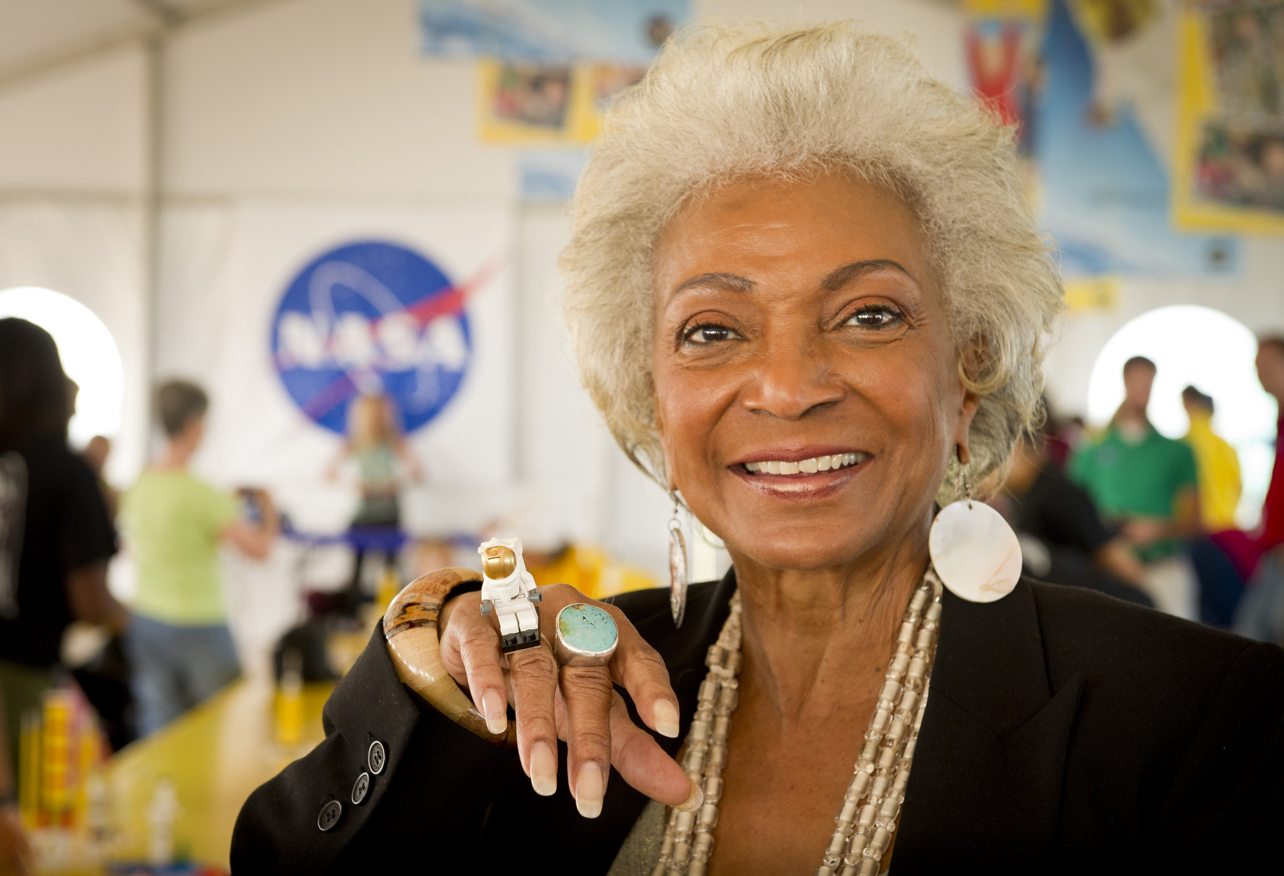 NICHELLE NICHOLS - An accomplished singer who shared stages with greats such as Count Basie in her early years, she put aside her misgivings about science fiction to embrace the historic role of communications officer Lieutenant Uhura in the popular  Star Trek  television series (1966-1969), as well as the succeeding motion pictures. Her grace and beauty provided inspiration to us all reaching for the stars and finding a hand like ours guiding us through the cosmos.