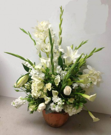 white-altar-arrangement-139.jpg