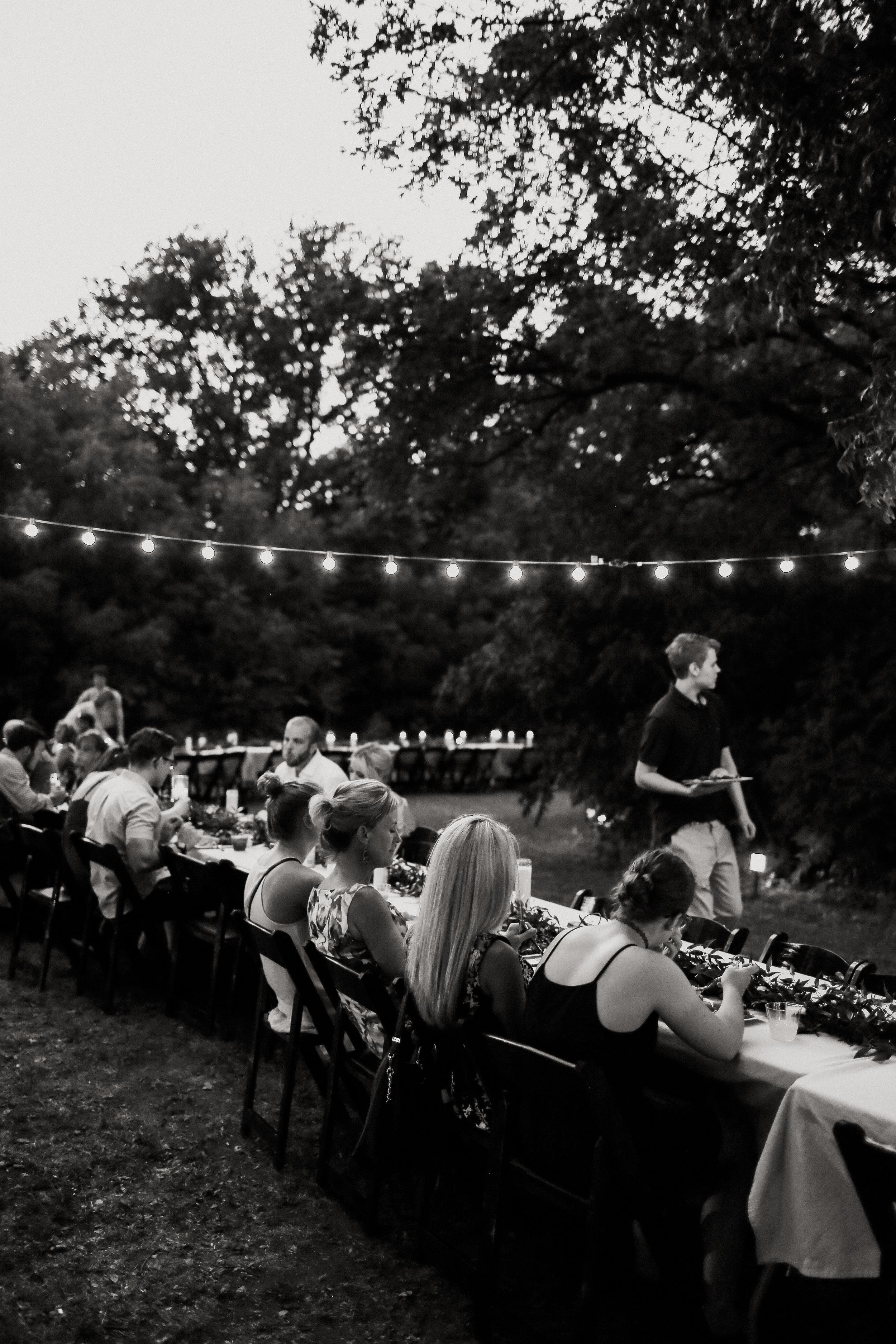 Backyard_Wedding_Oklahoma_MelissaMarshall_34.jpg