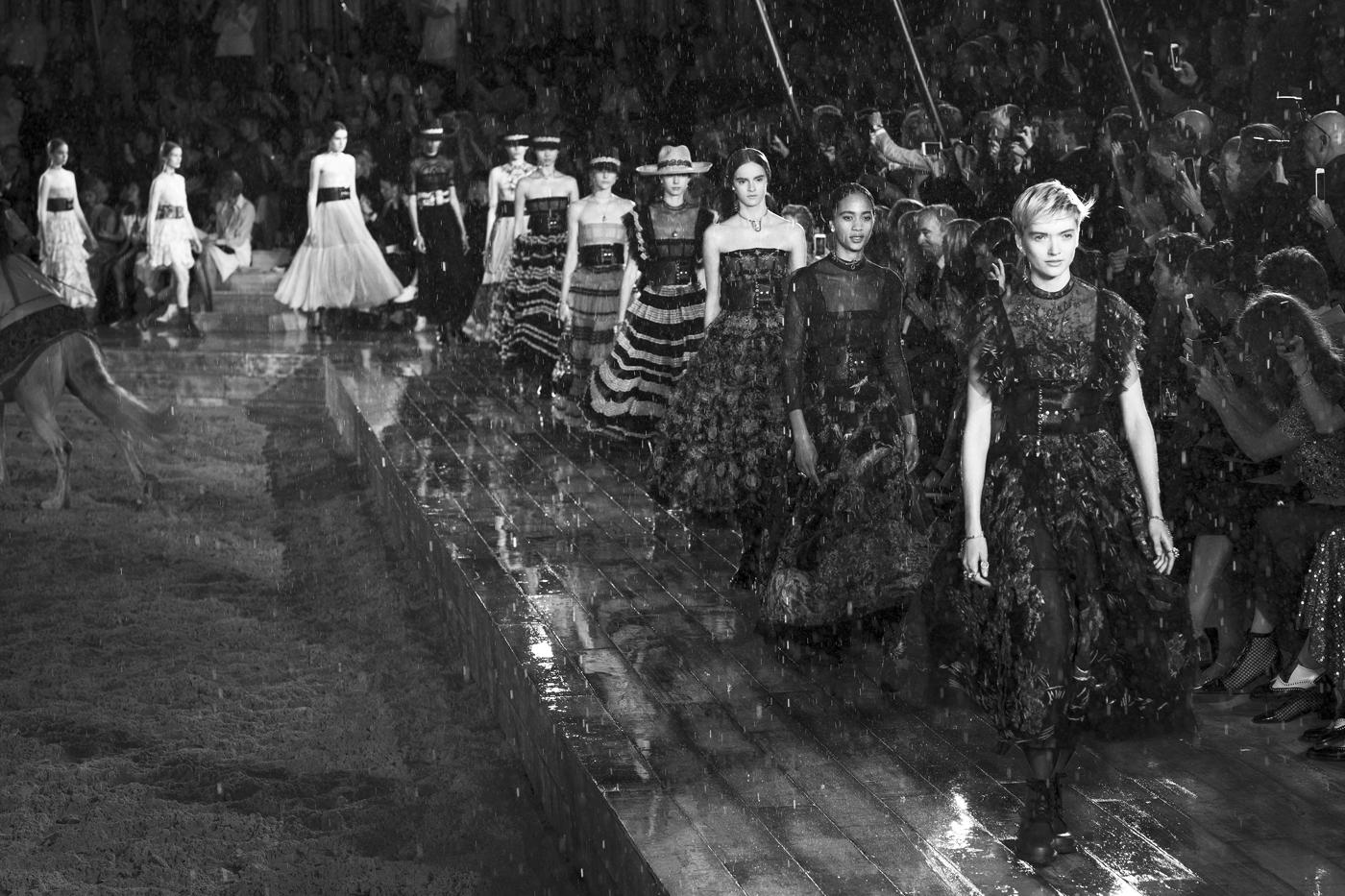 Dior Cruise '18 Show / 10+ Magazine