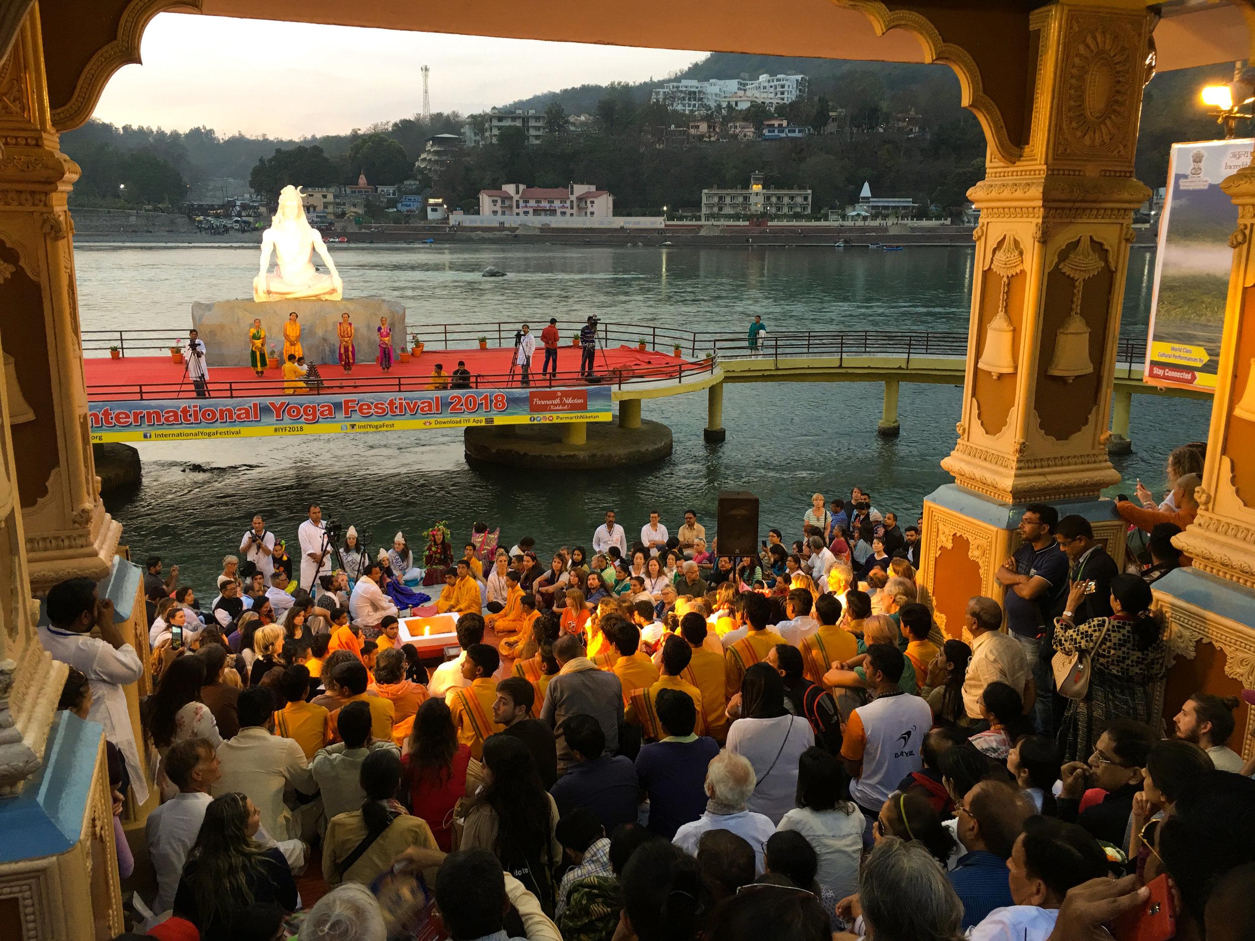 Ganga aarti.jpg