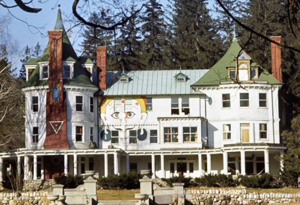 9.  Hitchcock Estate.jpg