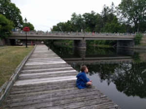 runners-bridge2.jpg