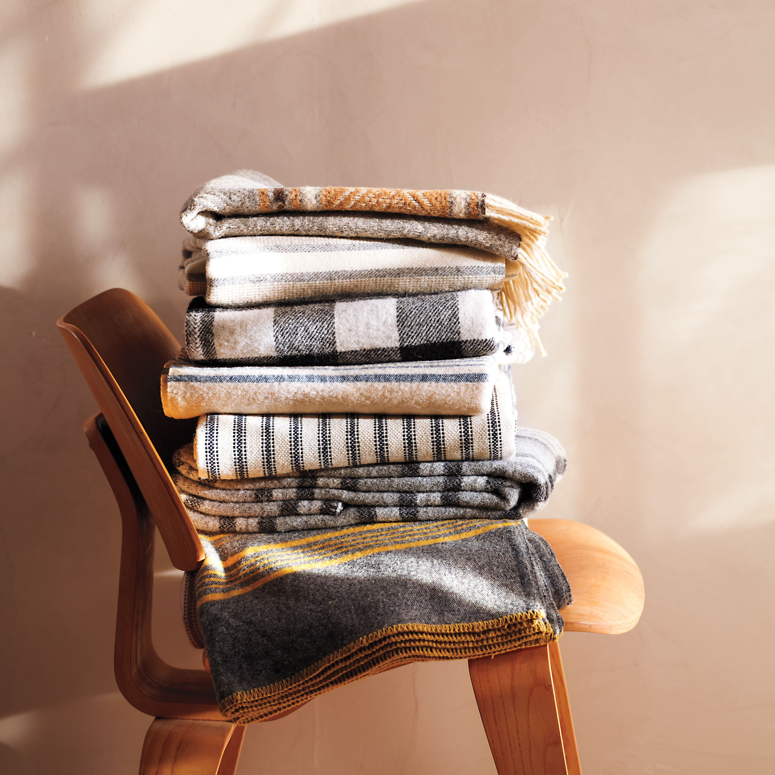 cropMD110772-blankets-187-v3.jpg