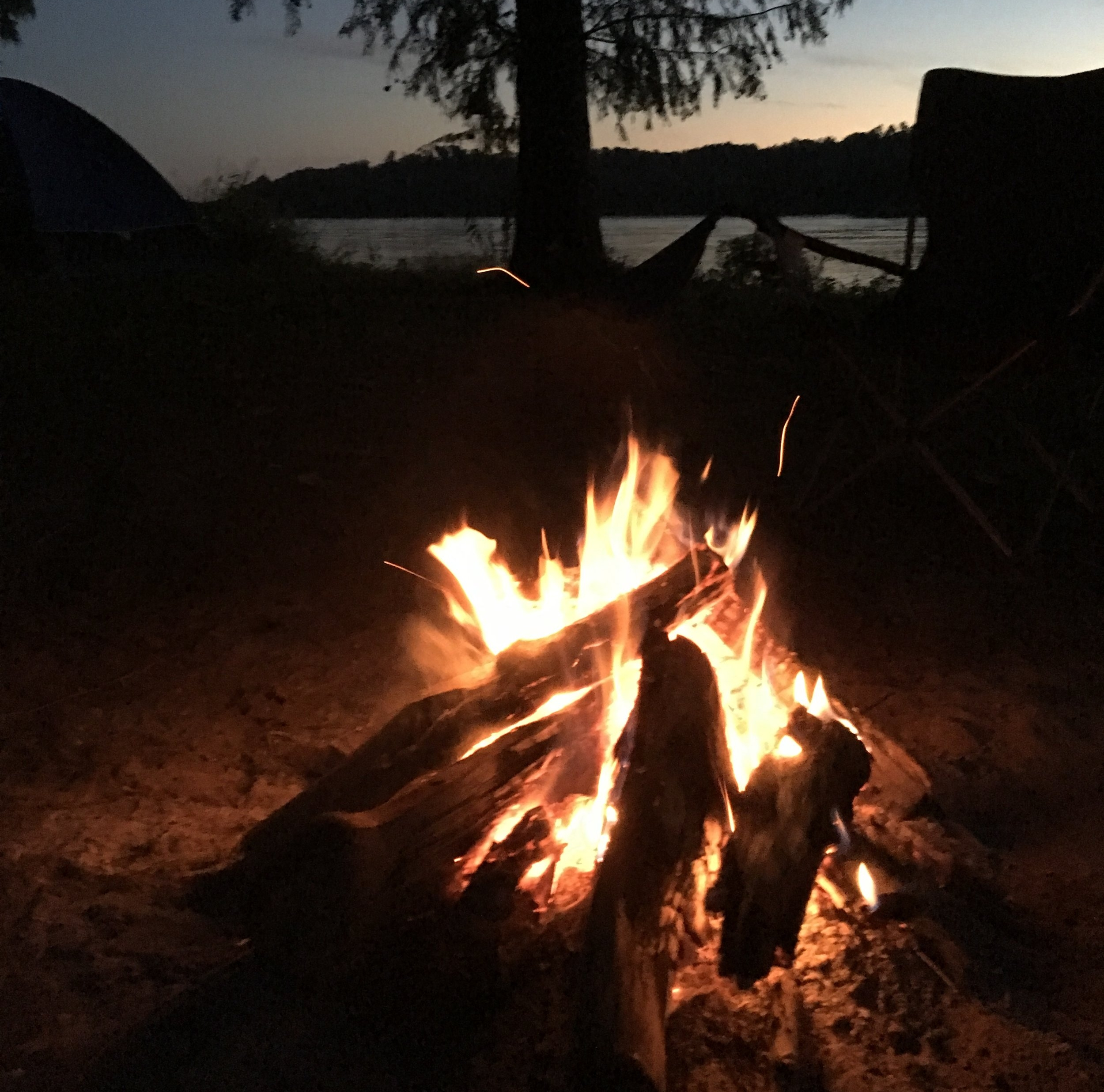 Campground fire next to the mightly Mississippi River