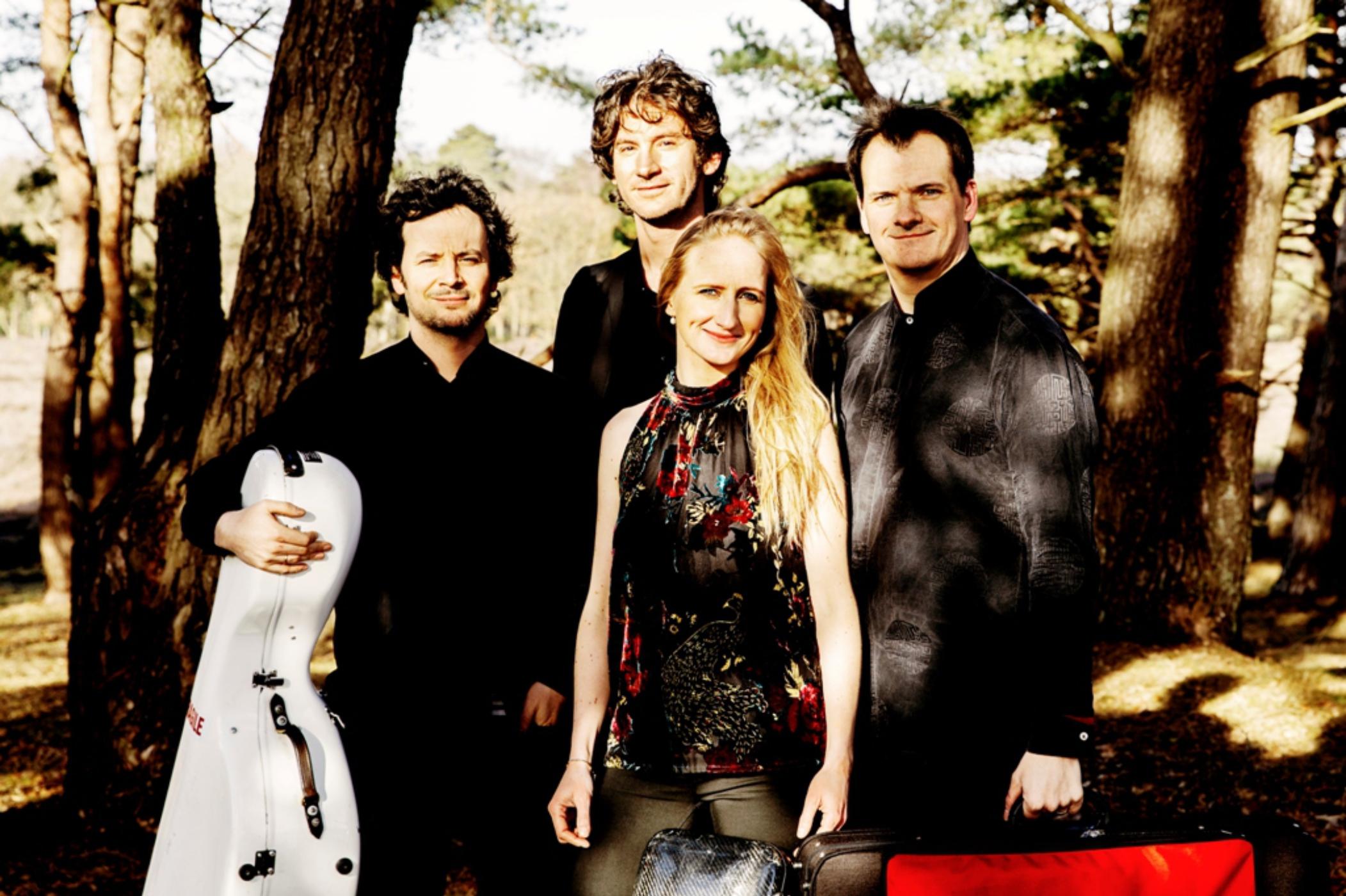 Navarra-Quartet-photo-please-credit-Sarah-Wijzenbeek-3a.jpg