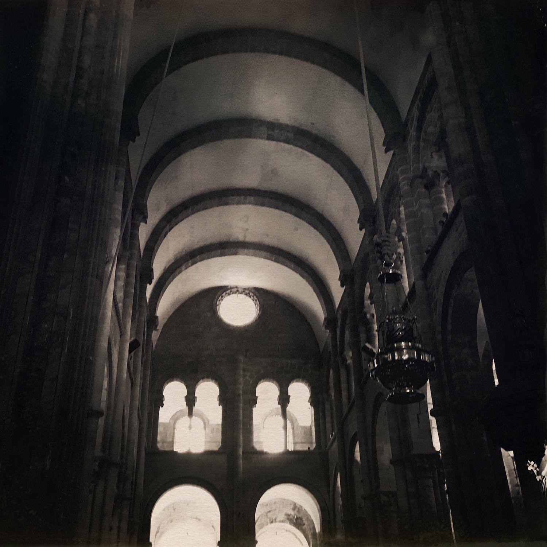 santiago-cathedral-urn.jpg