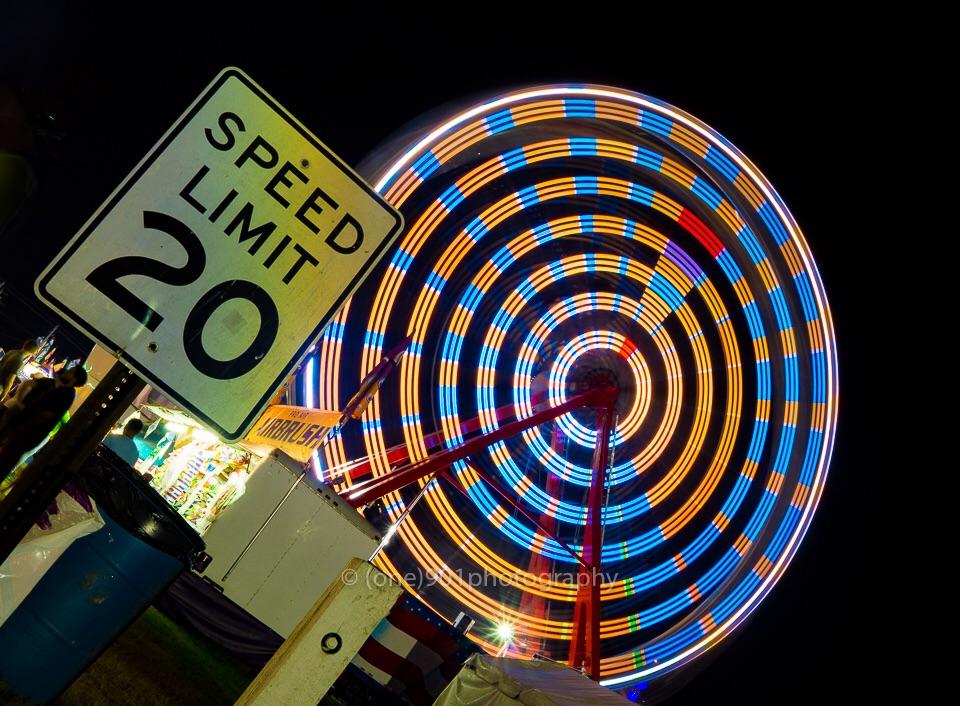 A rebellious Ferris wheel